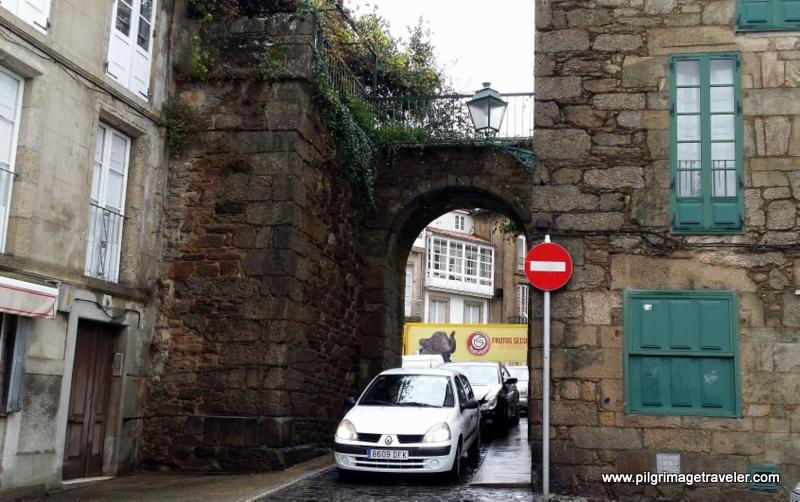 Mazarelos Arch, Original Medieval Gate to Santiago de Compostela, Galicia, Spain