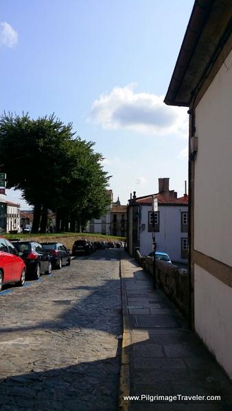Turn Right on the Rúa de Santa Clara in Old Santiago de Compostela on the Camino Ingles