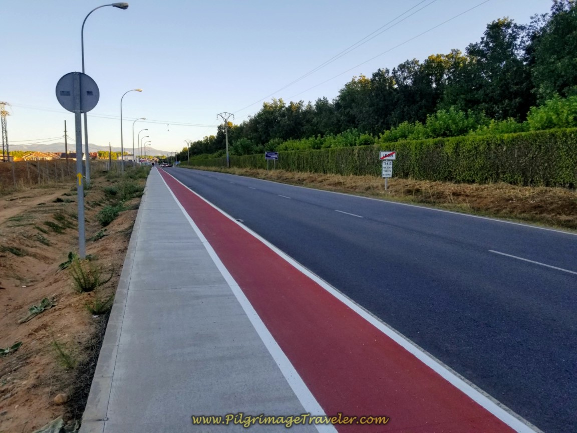 León City Limits at 5.0 Kilometers into Day One, Camino San Salvador
