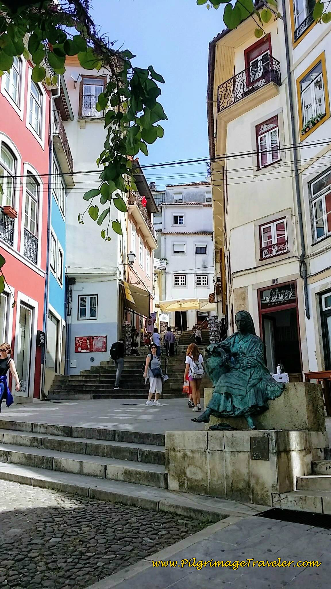 Rua do Arco Almedina
