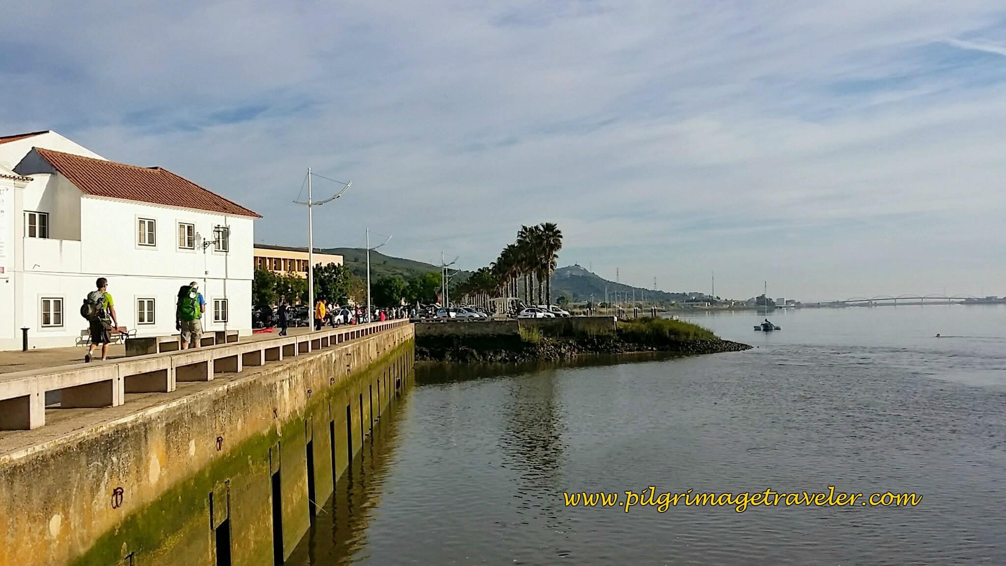 The Alhandra Riverwalk ~ Passeio Pedronal Ribeirinho de Alhandra