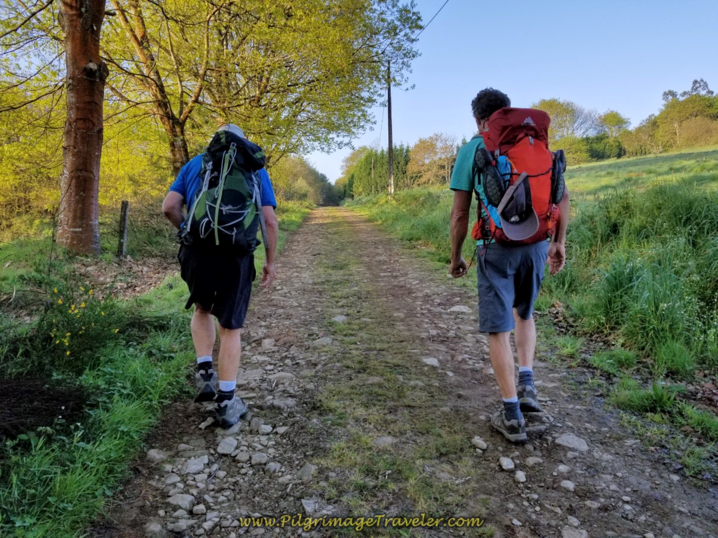 Rob and Rich Negotiate the Uphill Lane on day eight of the Camino Inglés