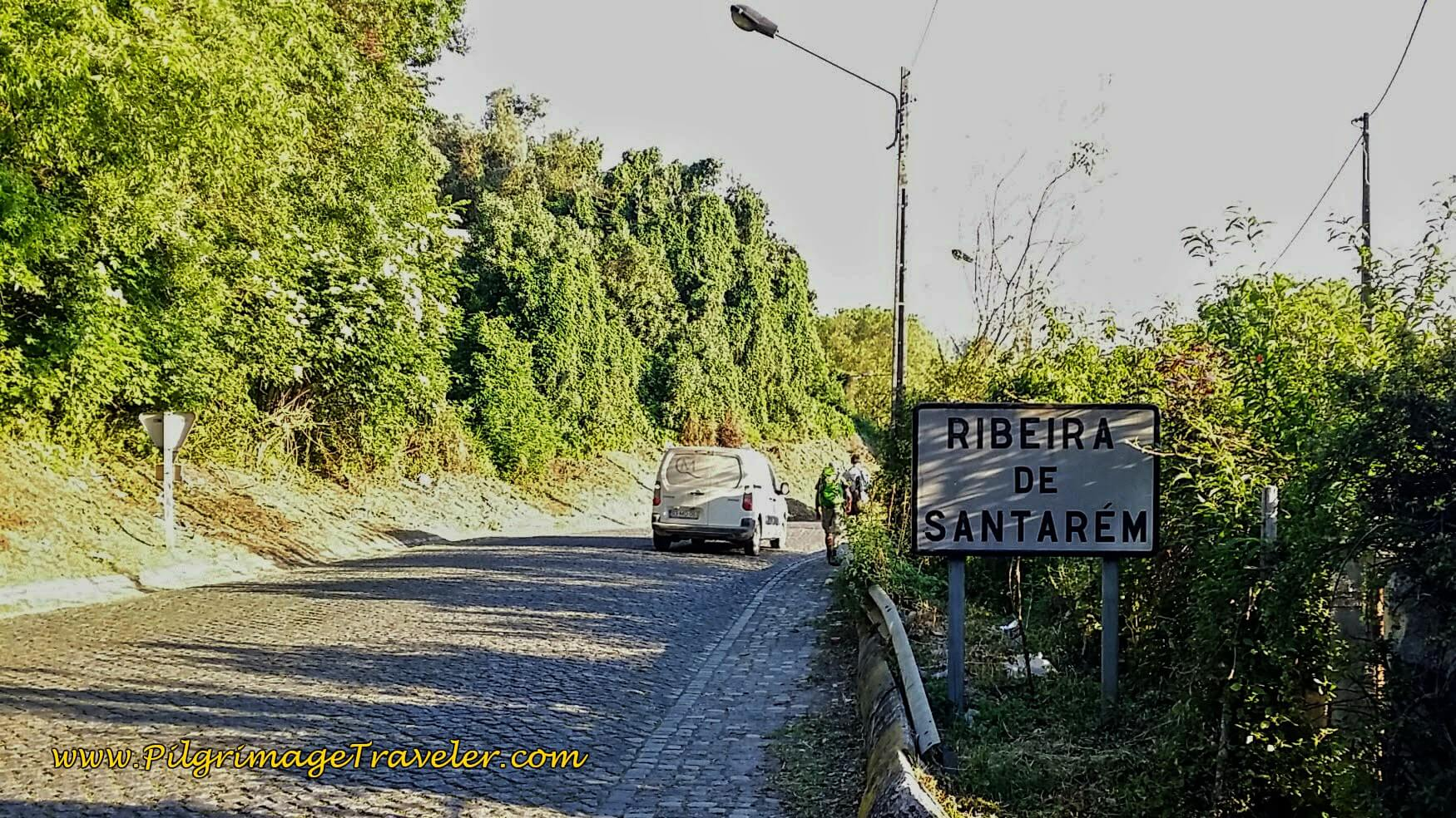 Walking the N365 into Ribeira de Santarém on the Portuguese Way.
