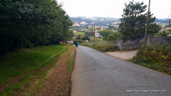 Down the Final Hill of Monte do Gozo