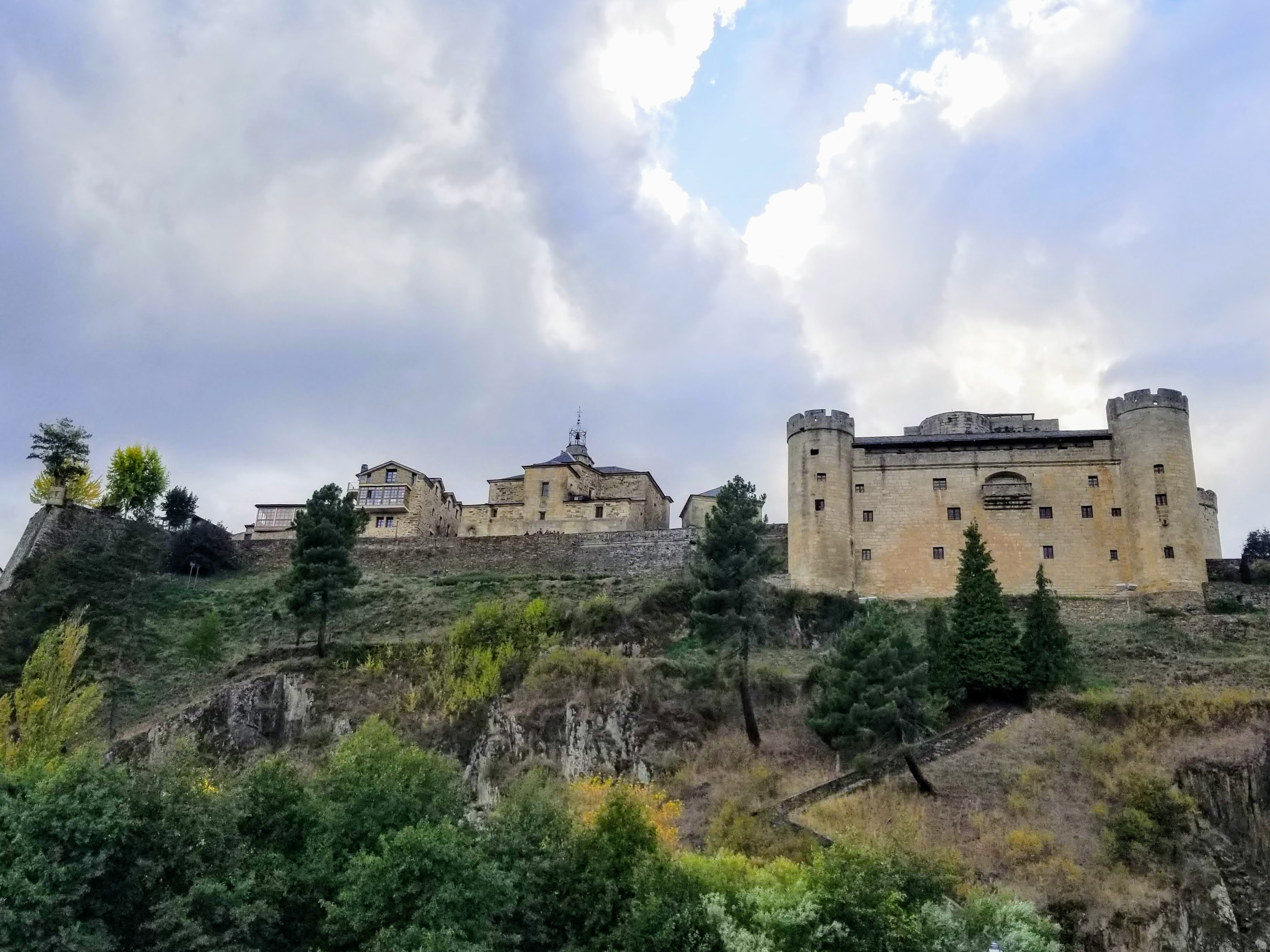 Puebla de Sanabria ~ A Fortress on the Hill