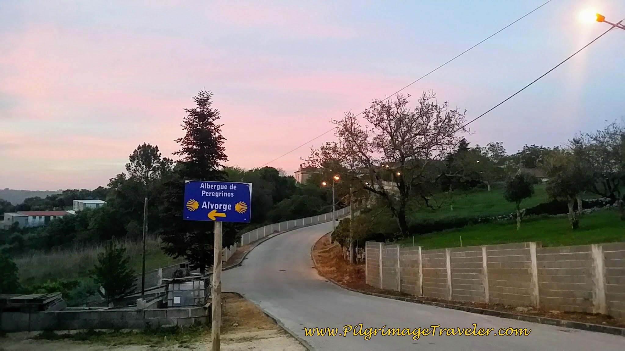 Sign for Albergue de Peregrinos