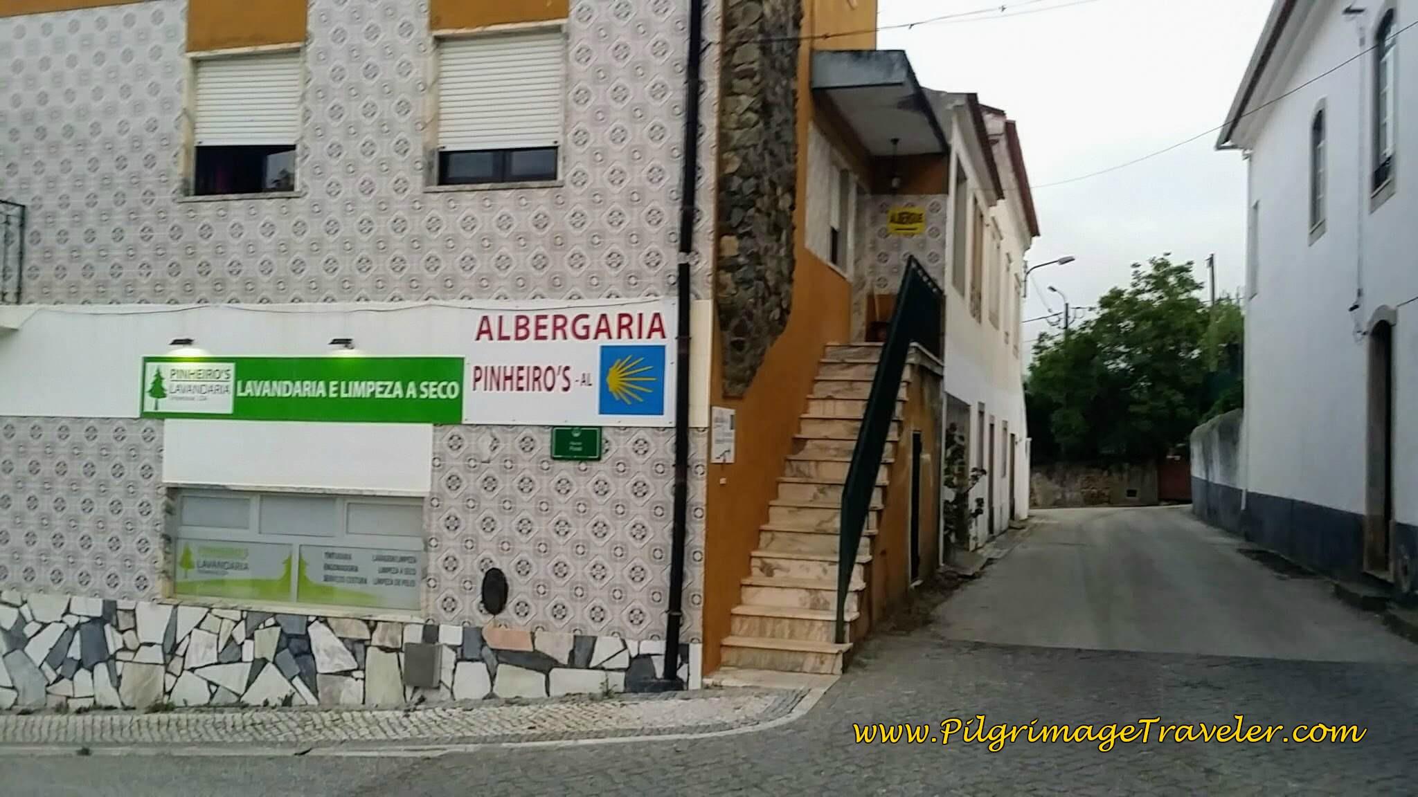 Albergaria Pinheiros, Alvazaiãre, Portugal