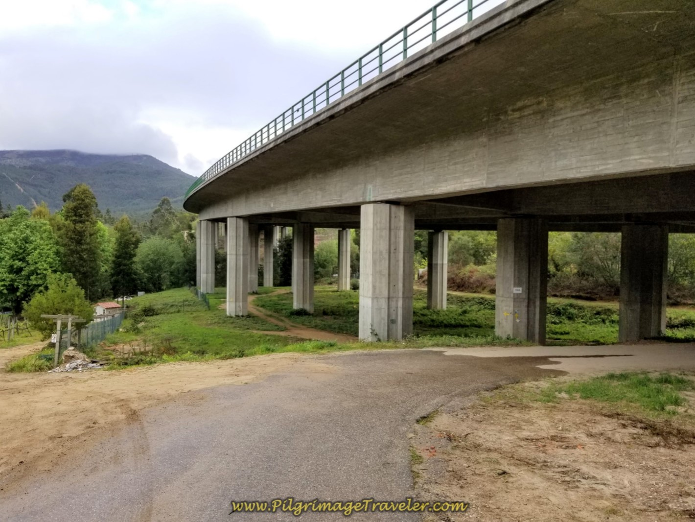 Camino Walks Under the A3 on day eighteen on the Central Route of the Portuguese Camino