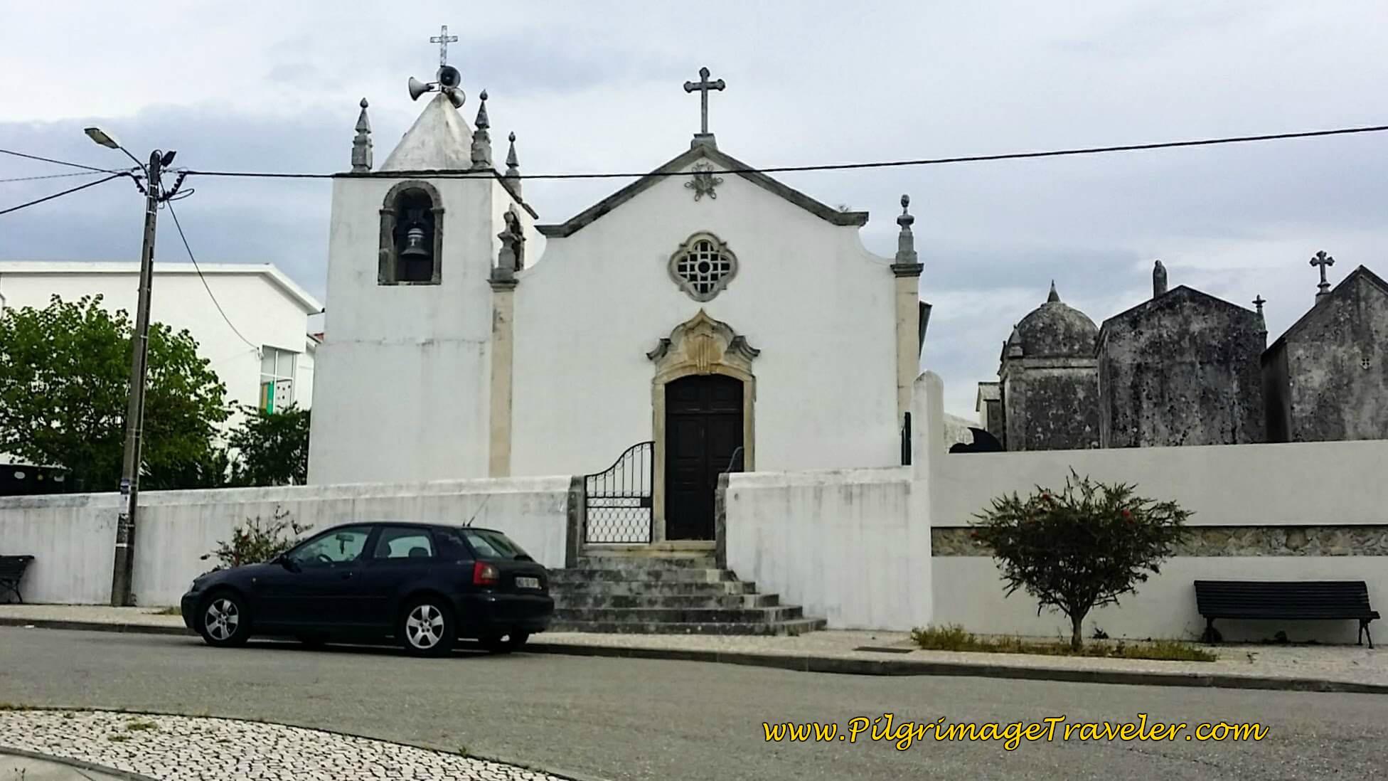 Igreja Paroquial de Sâo Tiago de Trouxemil, Portugal