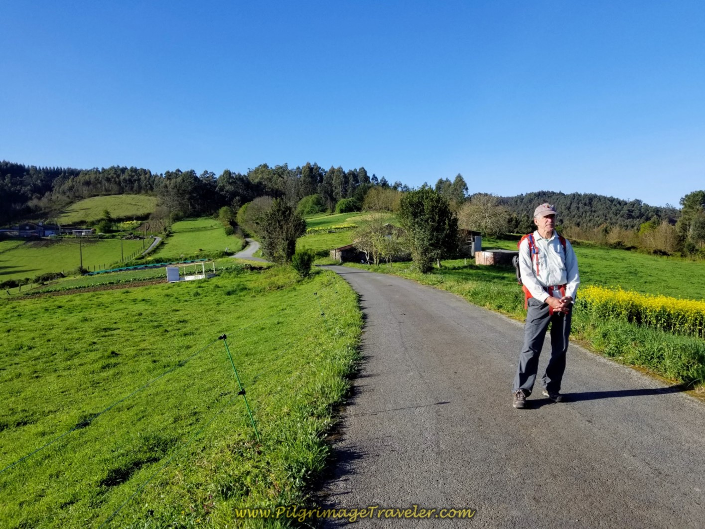 Rich on Flat Area But Not the Top on day two of the La Coruña Arm of the Camino Inglés