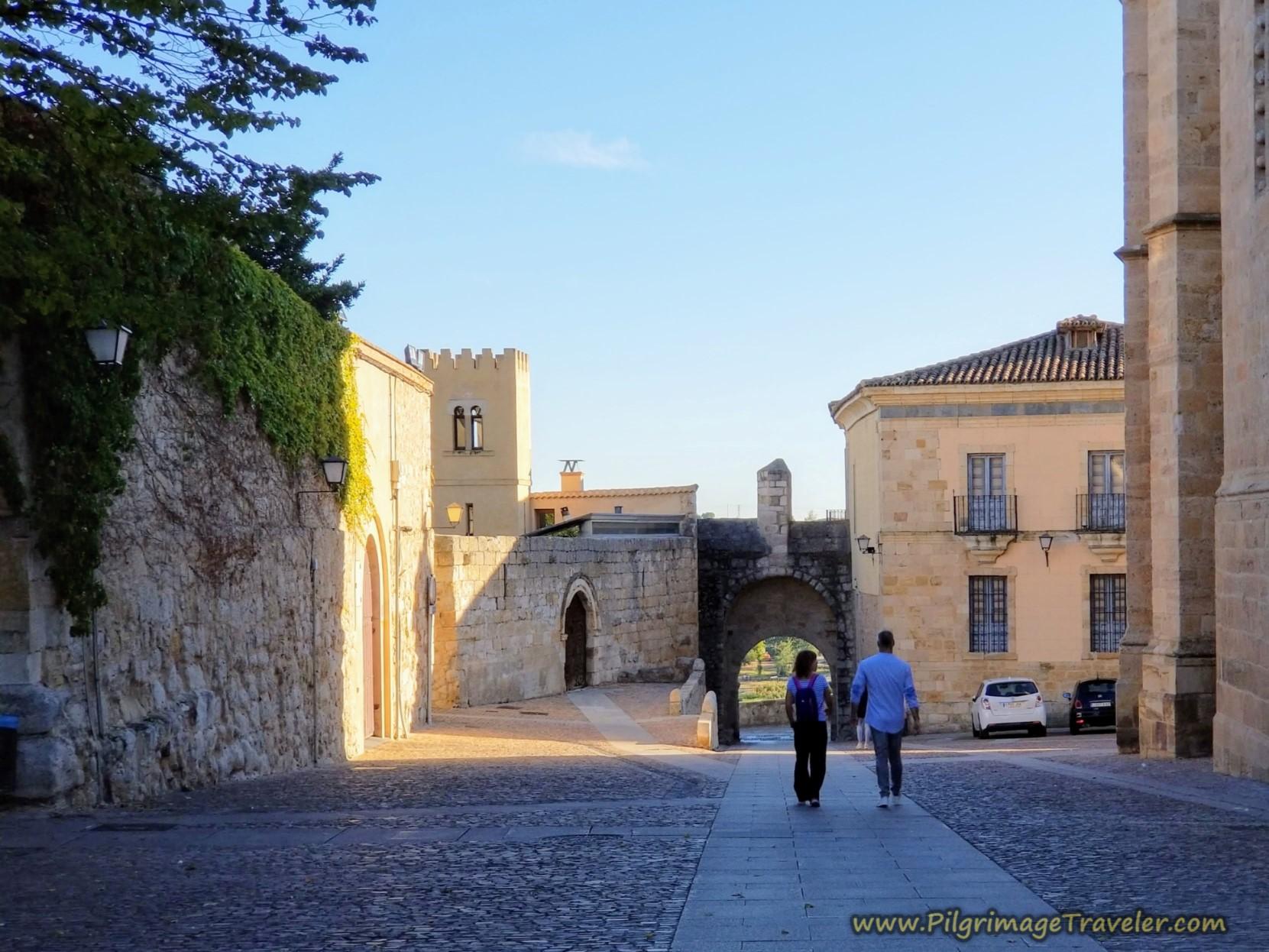 Plaza de Antonio del Águila and the Puerto del Obispo, Zamora, Spain