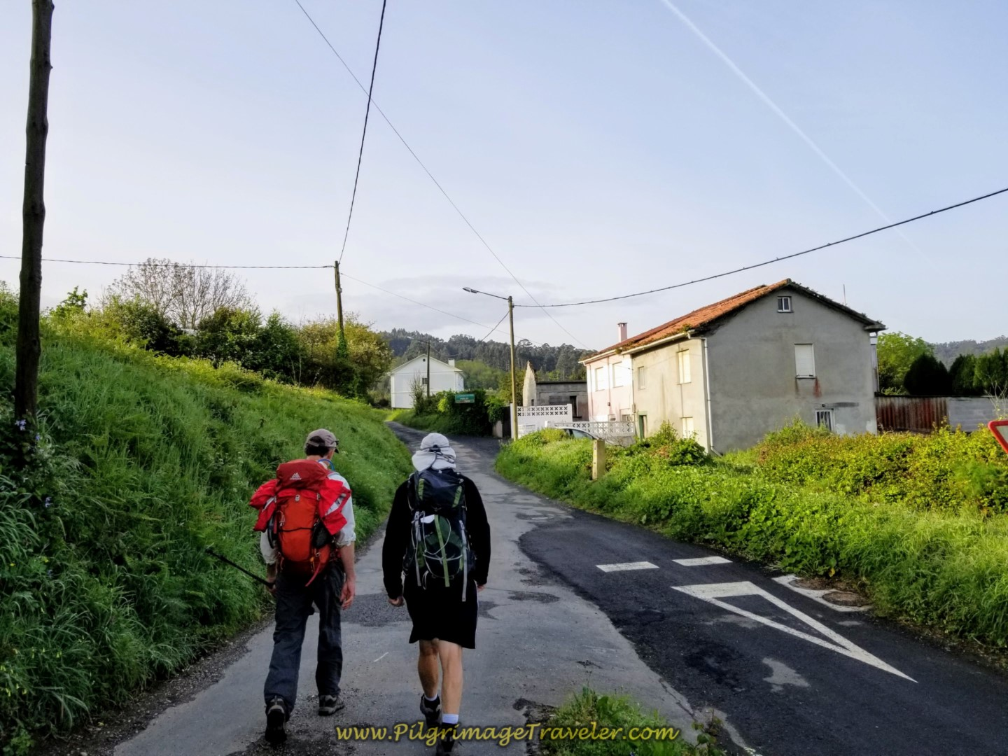 Initial Gradual Climb Out of Fene on day two of the Camino Inglés