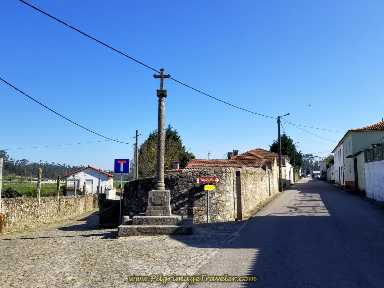 Right Turn at Cross in Arcos on day sixteen on the Central Route of the Camino Portugués