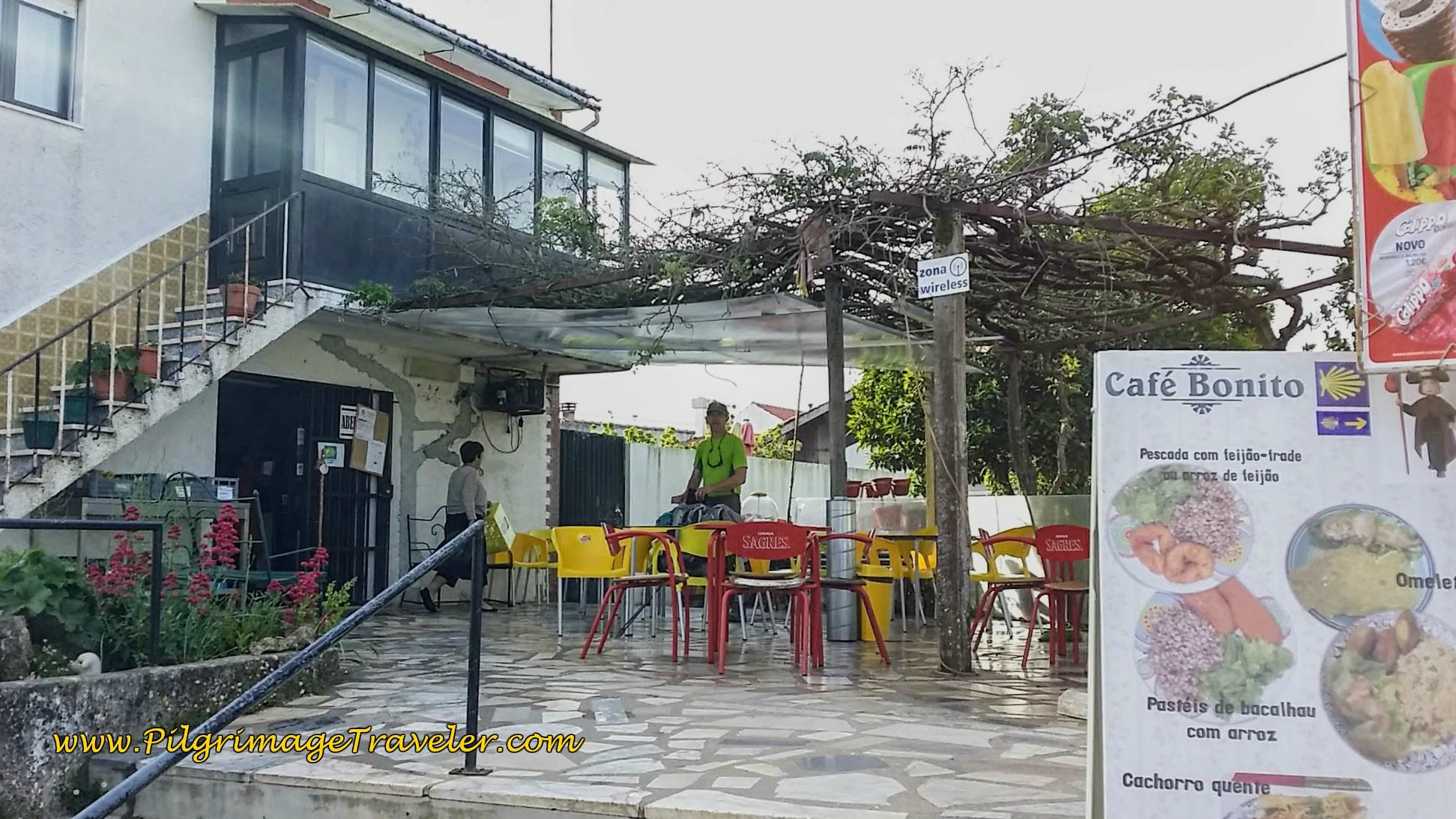 Café Bonito at the Albergue