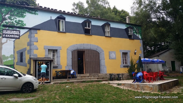 Albergue O Candido Lunch Stop in San Romao