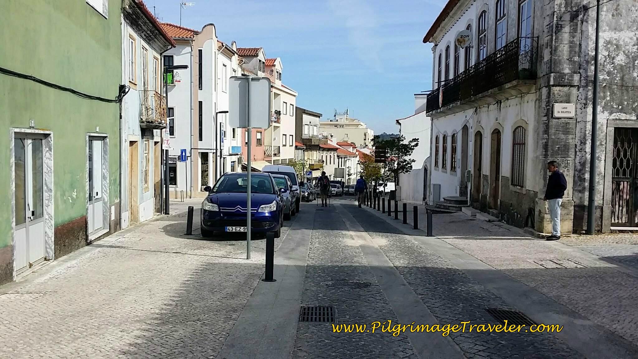 Walking on the Rua Oliveira Salazar toward Ansião Town Center