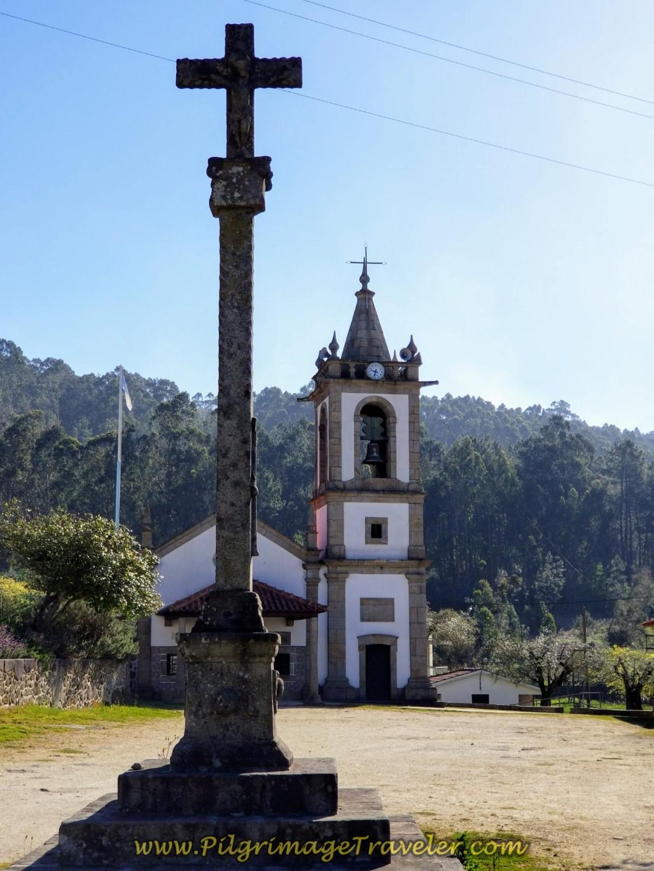 Cruzeiro e Capela da Senora da Portela XVII on day seventeen on the Central Route of the Camino Portugués