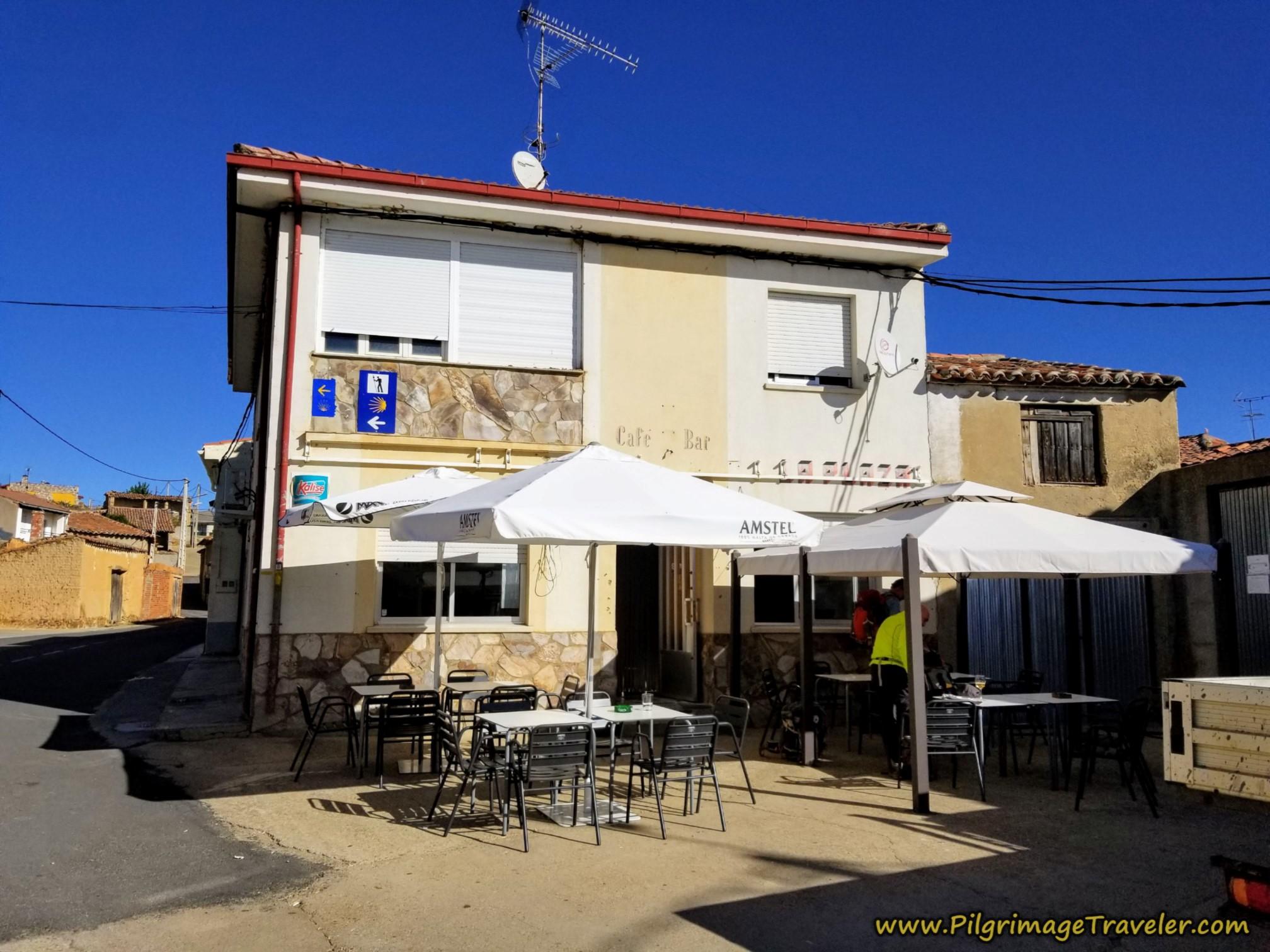 Café La Plaza in Villanueva de la Peras