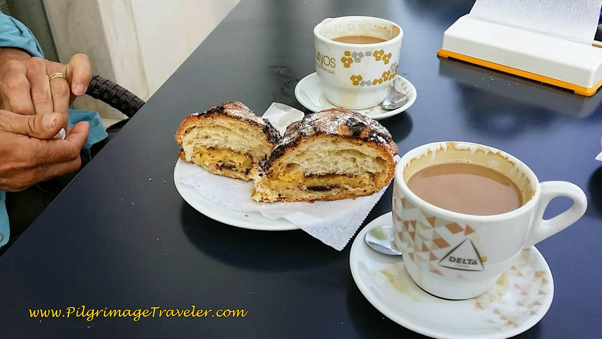 Treats at the Pastelaria Diogo