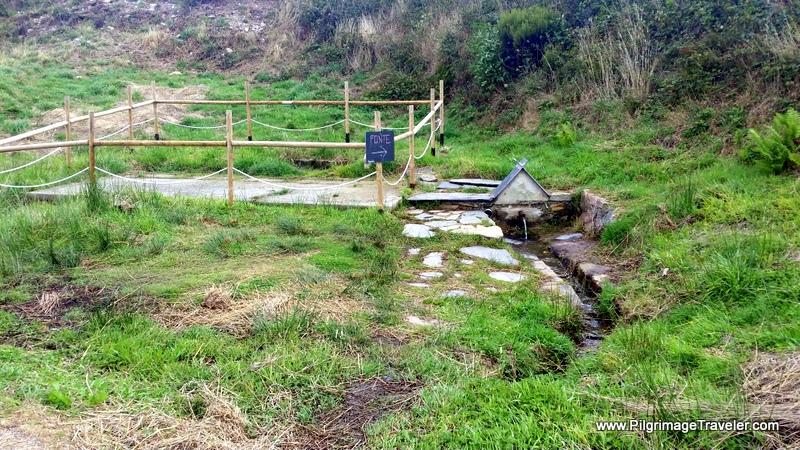 Fuente Just Before Fonfría, along the Primitive Way