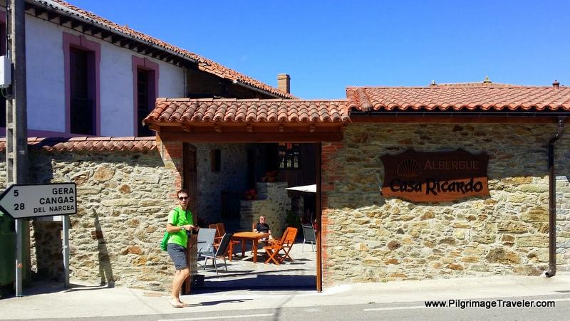 Privado Casa Ricardo, Entry and Courtyard in Campiello, Asturias, Spain on the Camino Primitivo