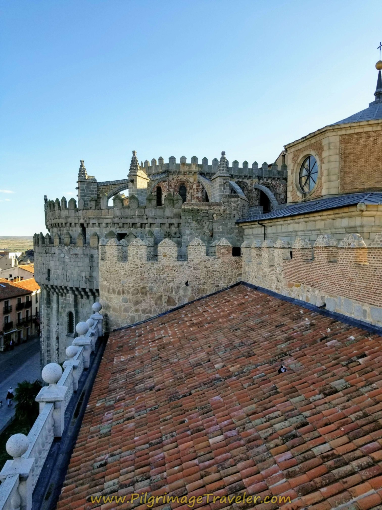 Views of the upper Cathedral apse from the east walls of Ávila.