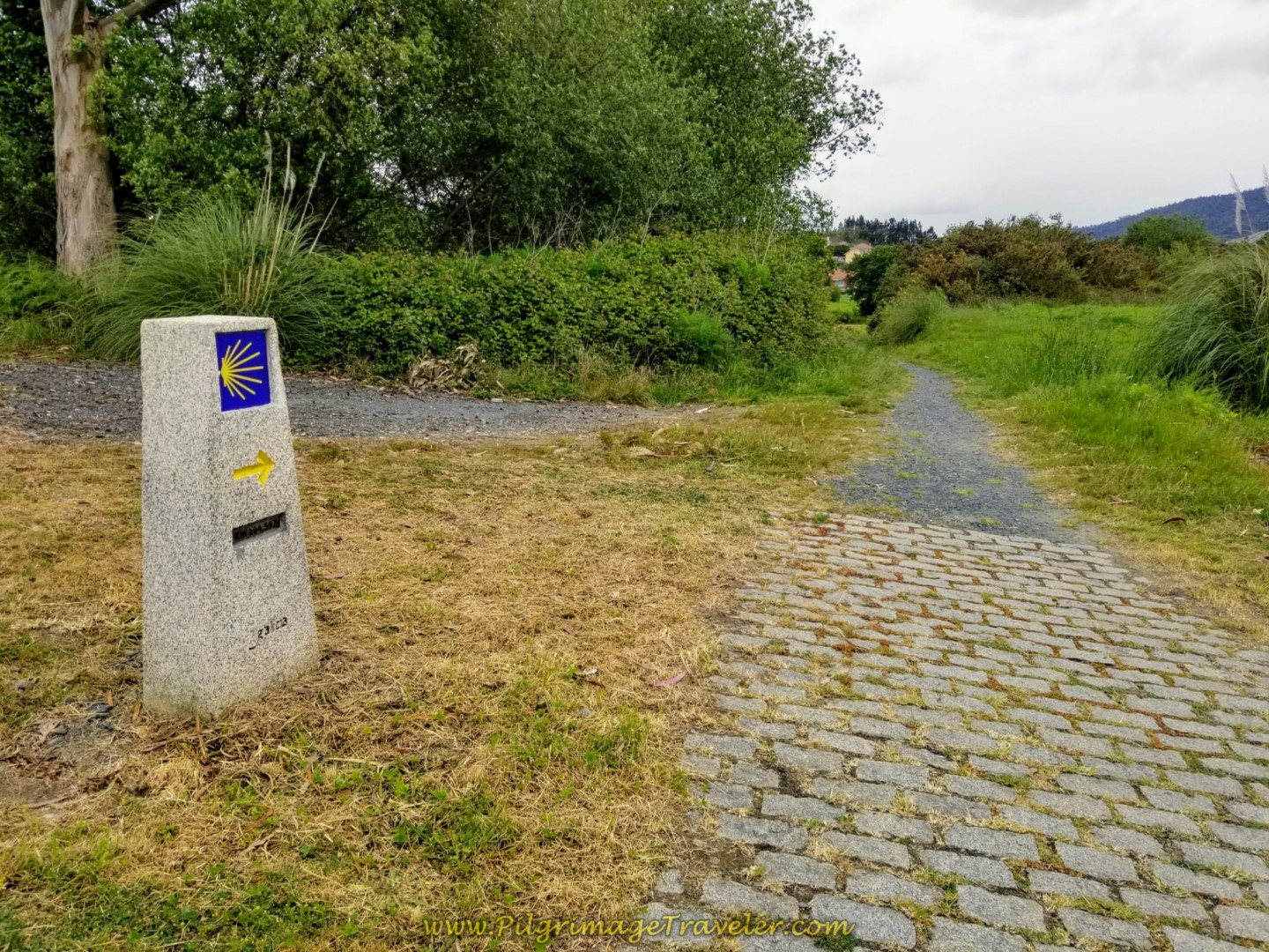 Right Turn Onto Path at 104 Kilometer Marker on day one of the Camino Inglés