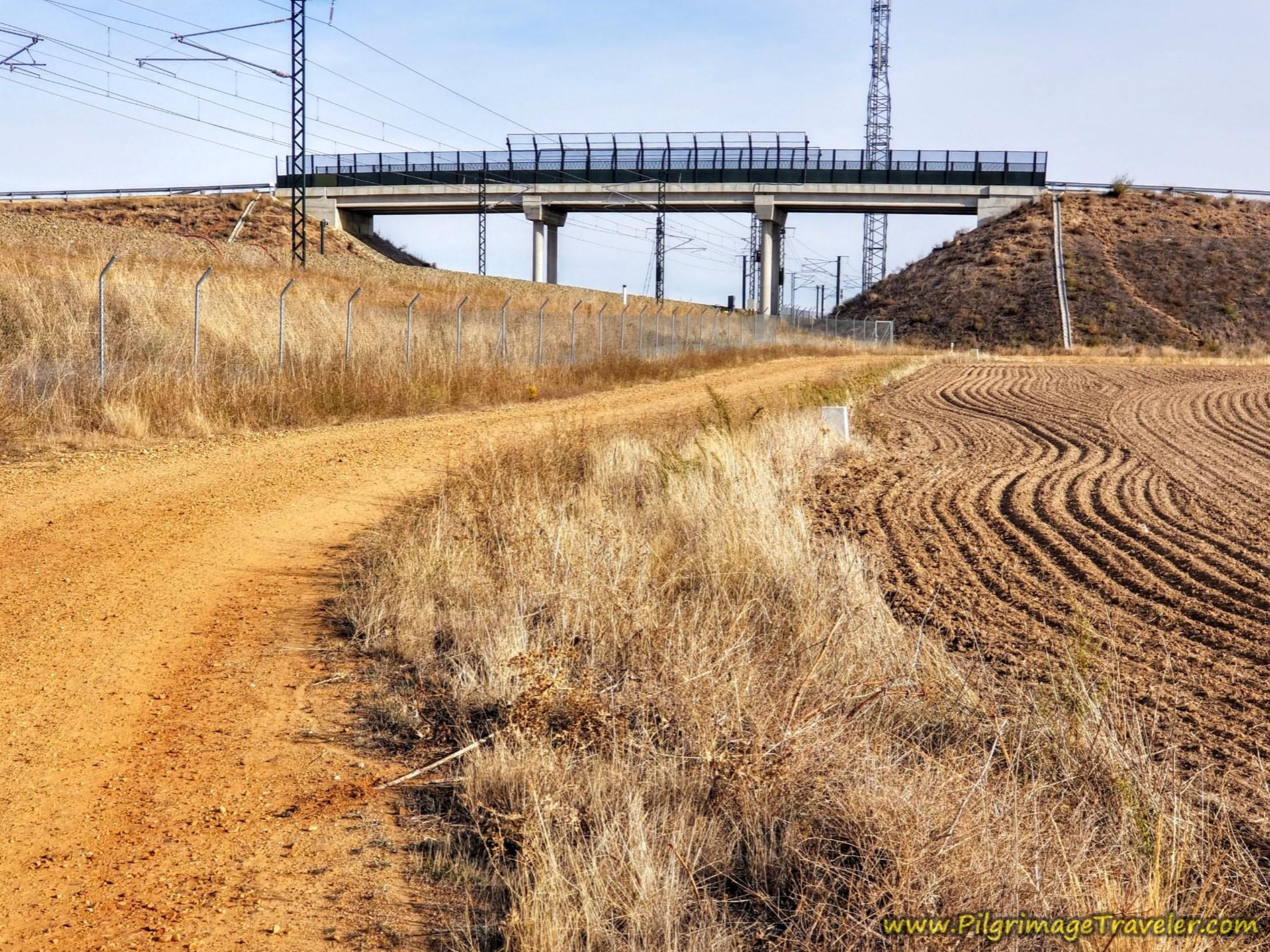 Begin Detour Before Overpass