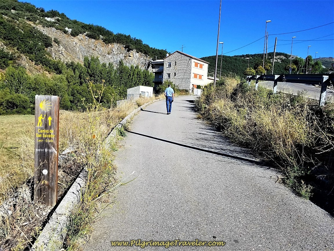 Leaving La Pola de Gordón on a Footpath