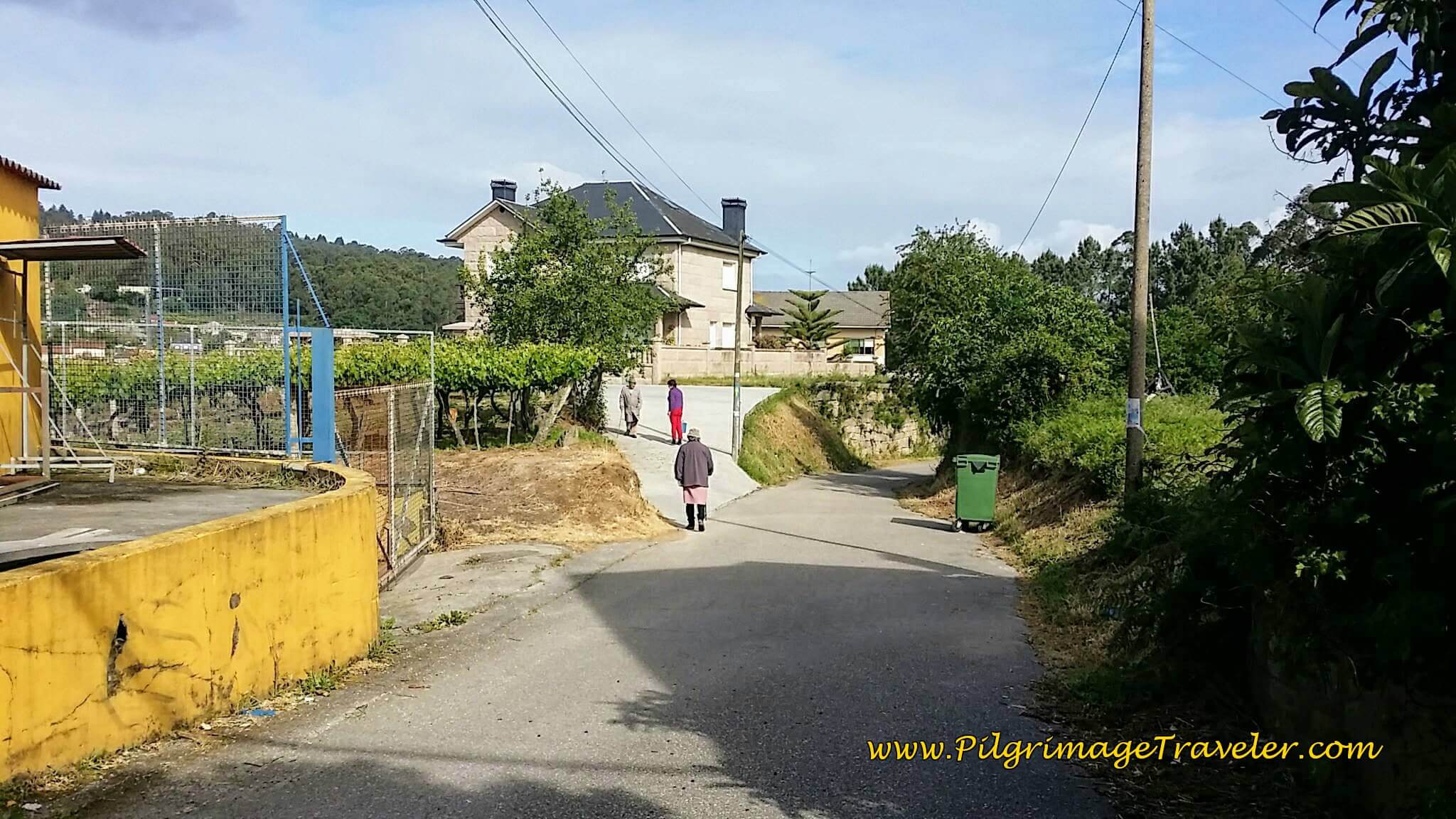 Walking Through O Alcouce, day twenty-two on the Camino Portugués