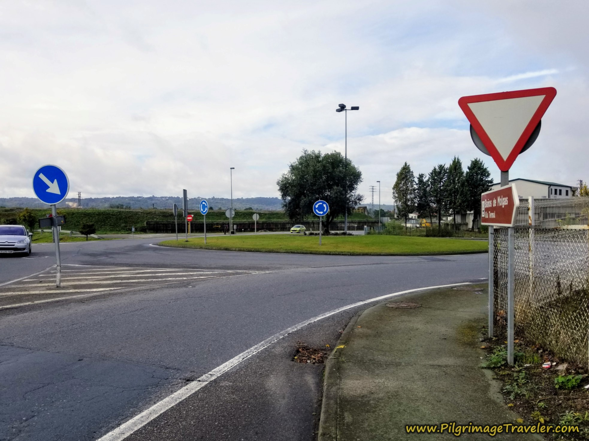 Turn Right at Roundabout