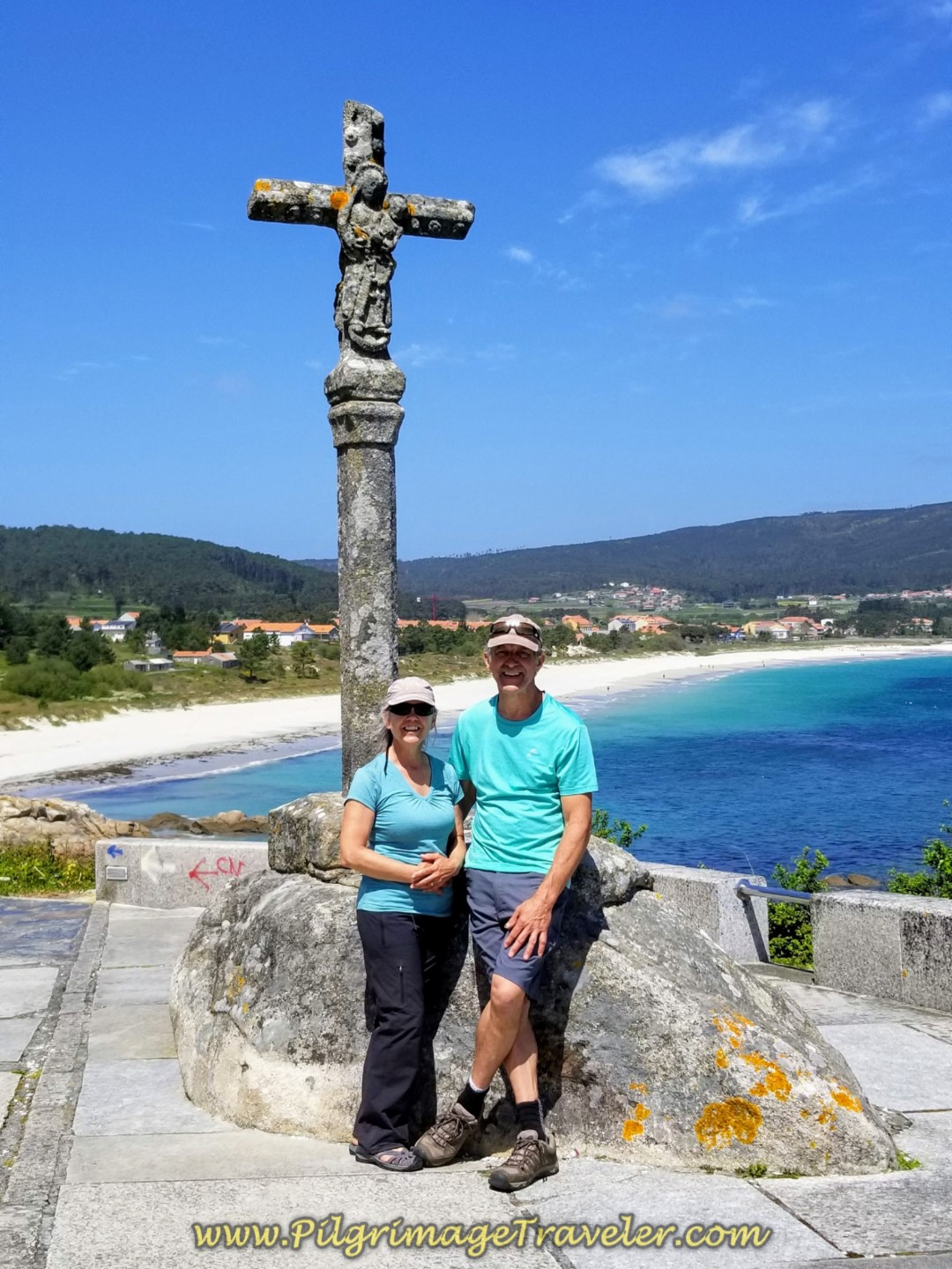 Elle and Rich at the Baixar Cross in Finisterre