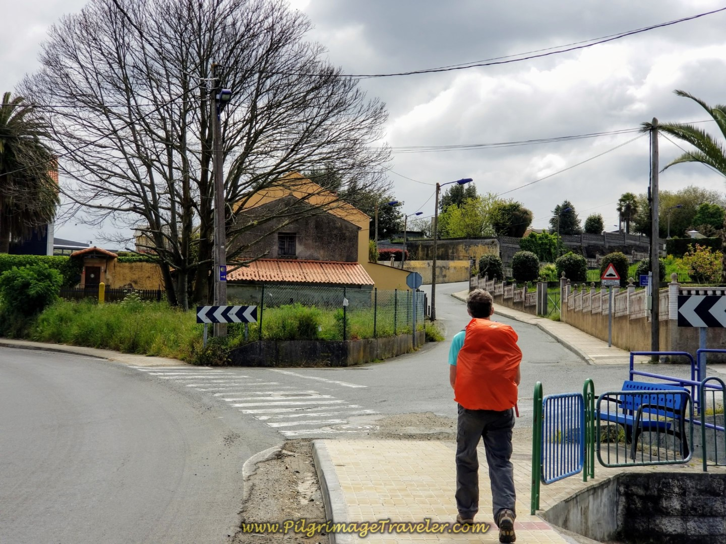 Right Turn onto the Rúa Pelamios on day one of the La Coruña Arm of the Camino Inglés