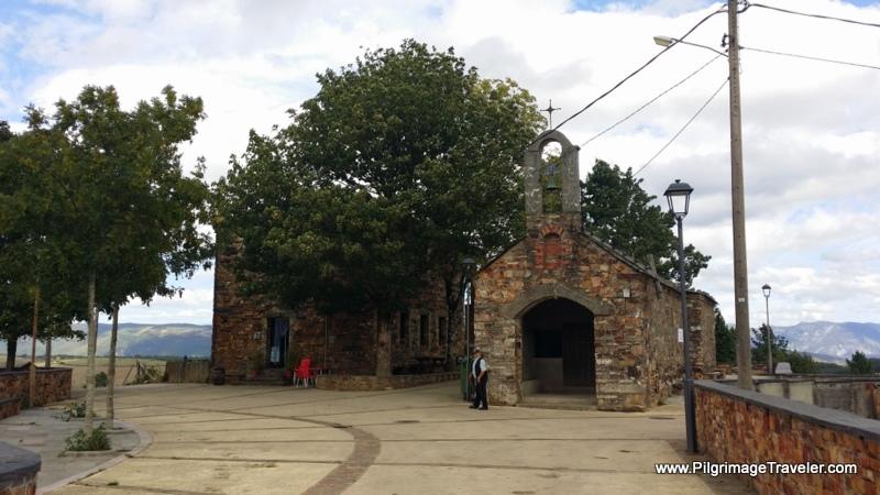 Castro Albergue and Chapel on the Camino Primitivo