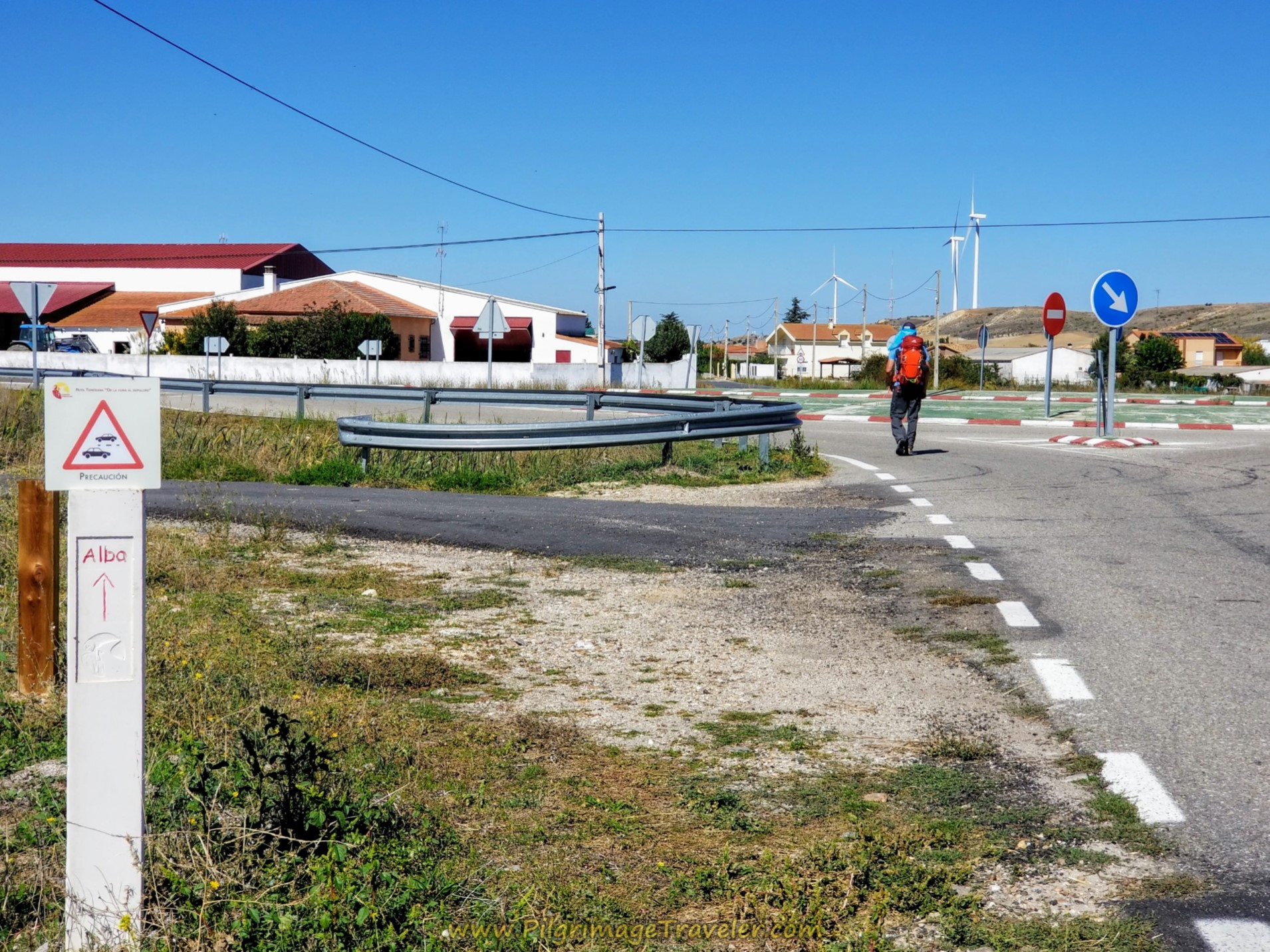 Enter Garcihernández at Roundabout