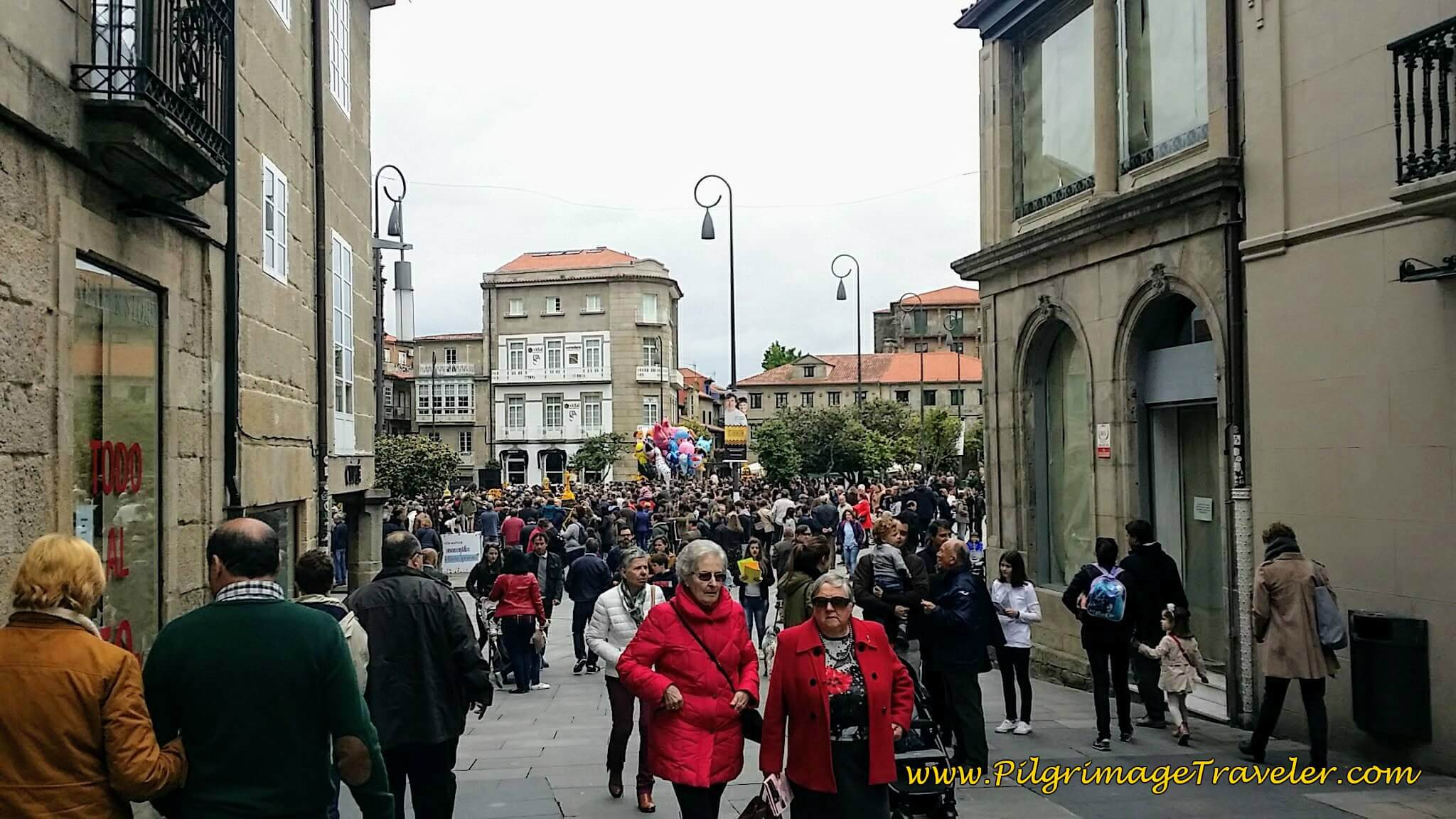 Big Event in the Praza da Ferrería, Pontevedra, day twenty-two on the Camino Portugués