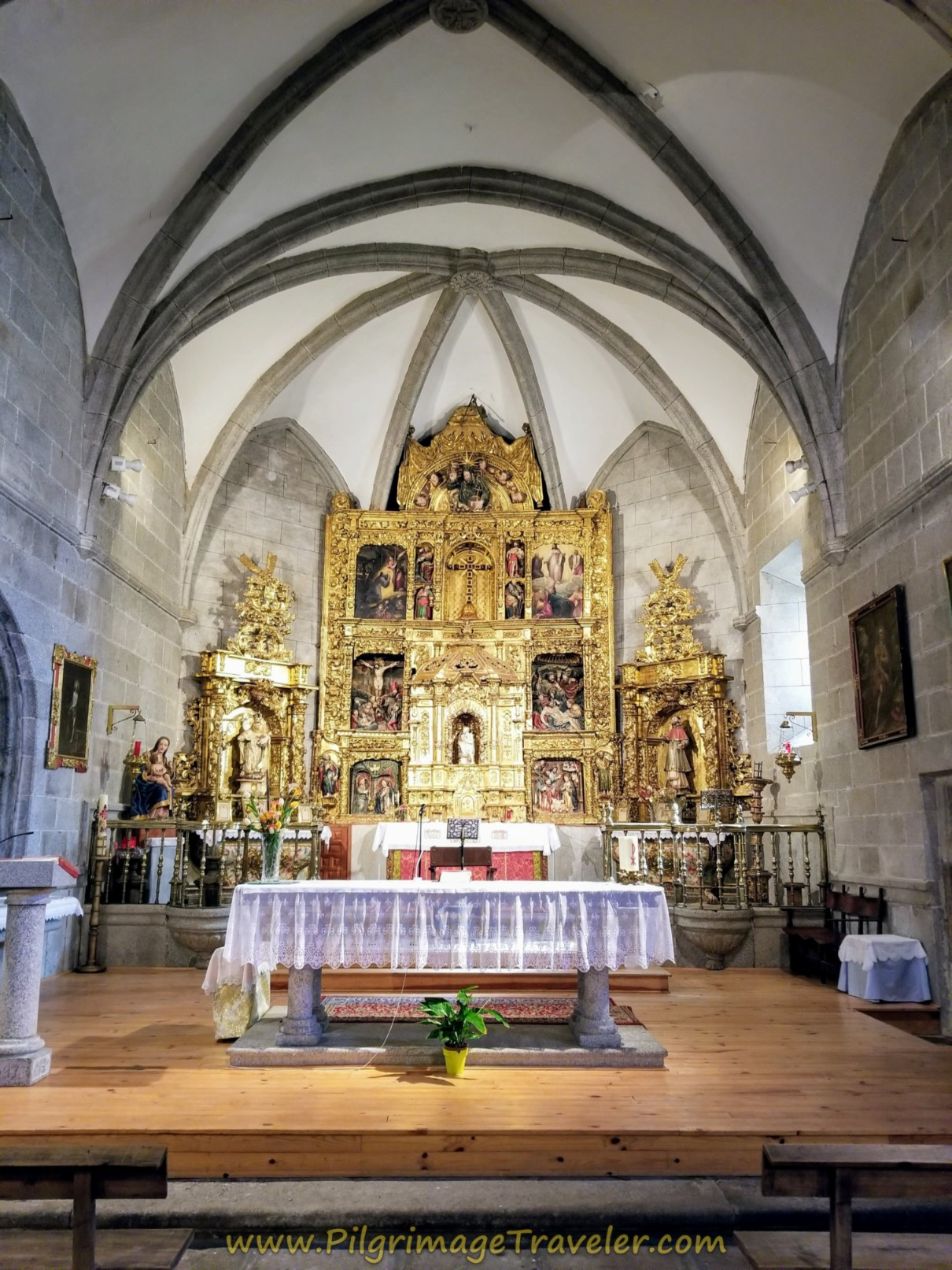 Iglesia de Cardeñosa Altar