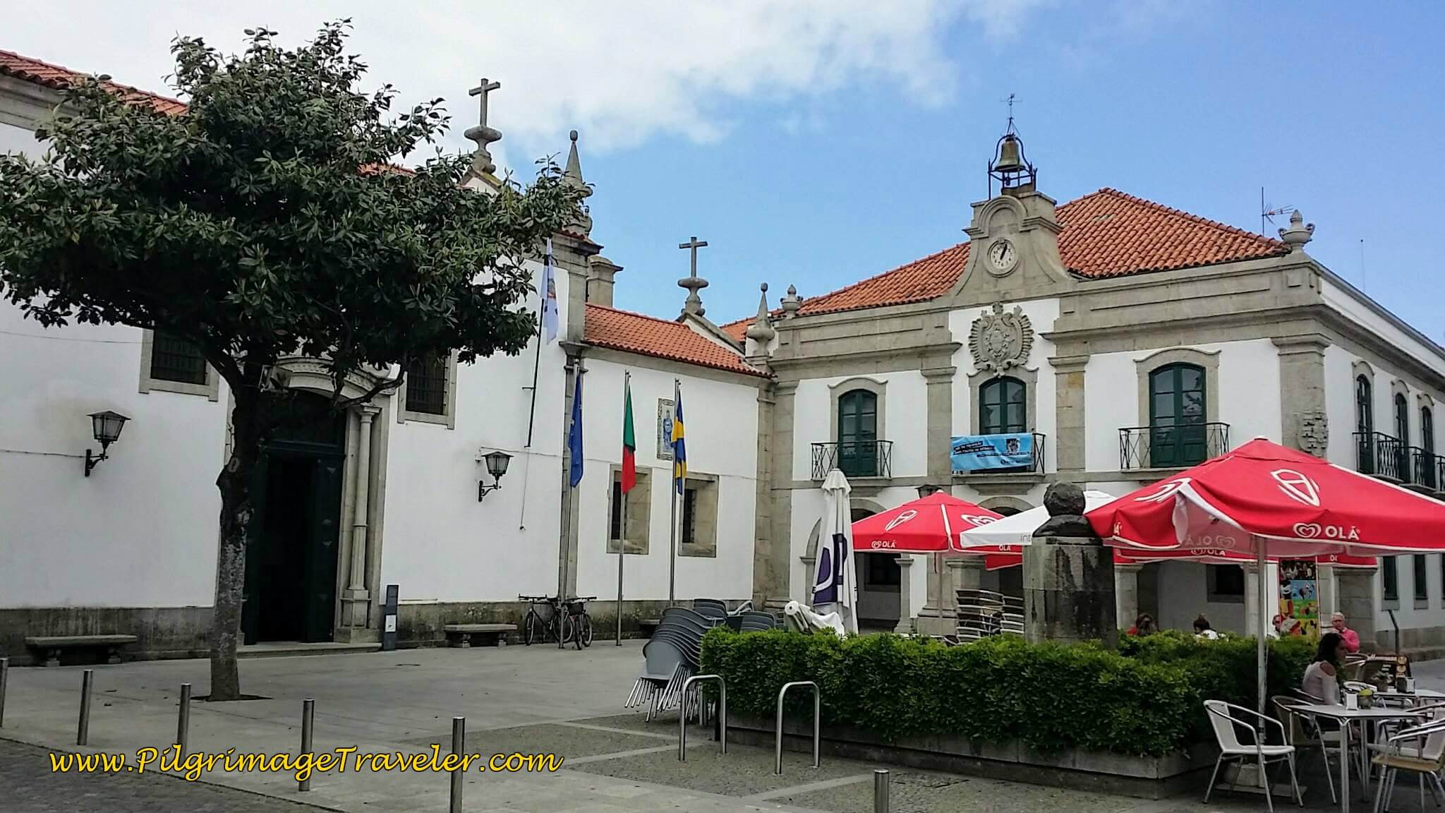 The Igreja da Misericórdia and Câmara Municipal de Esposende, in the Town Square on day sixteen of the Portuguese Way on the Coastal Route