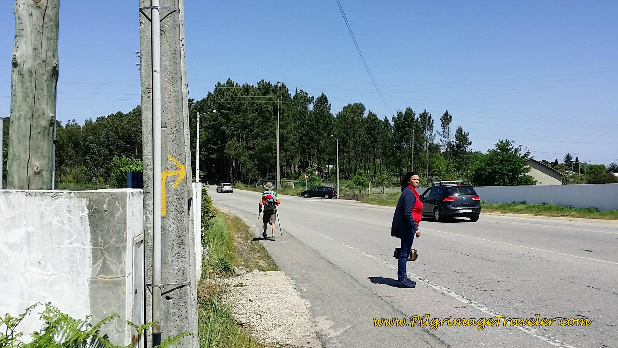 Watch for Right Turn Onto Rua Estrada Real on day eleven of the Portuguese Camino
