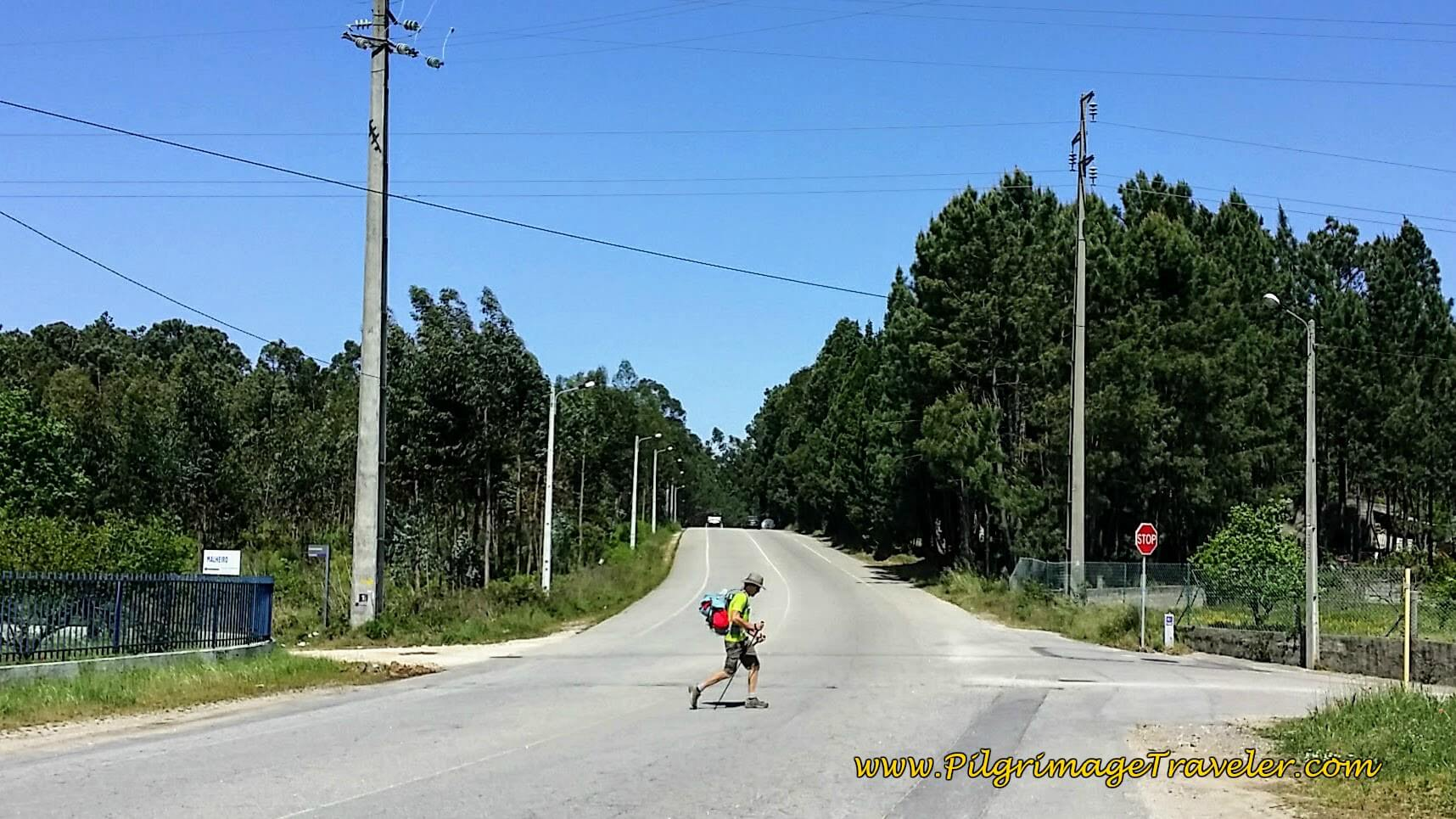 Crossing the Industrial Road to the Rua Estrada Real on the Portuguese Way