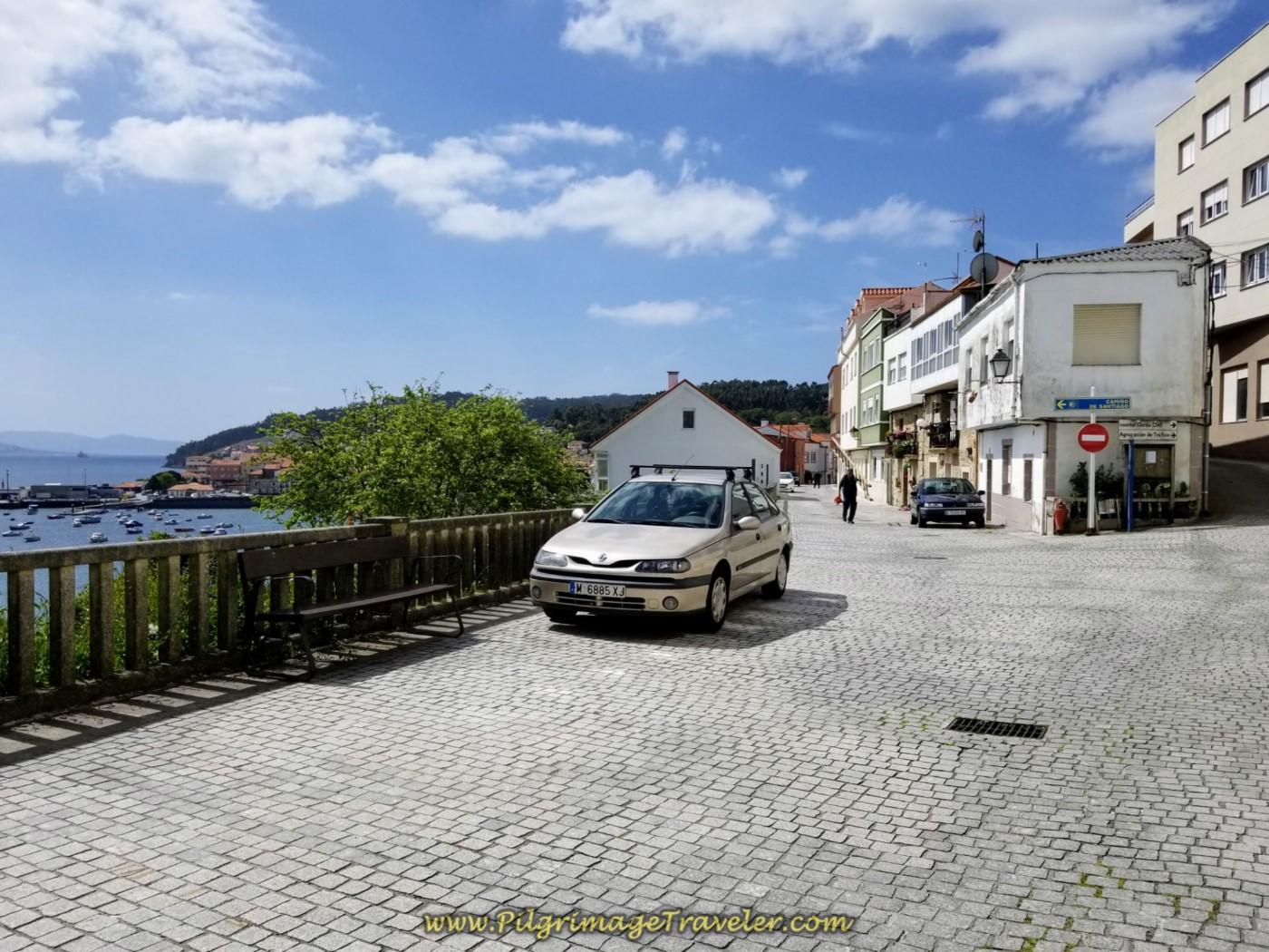 Along the Rúa Alameda in Corcubión