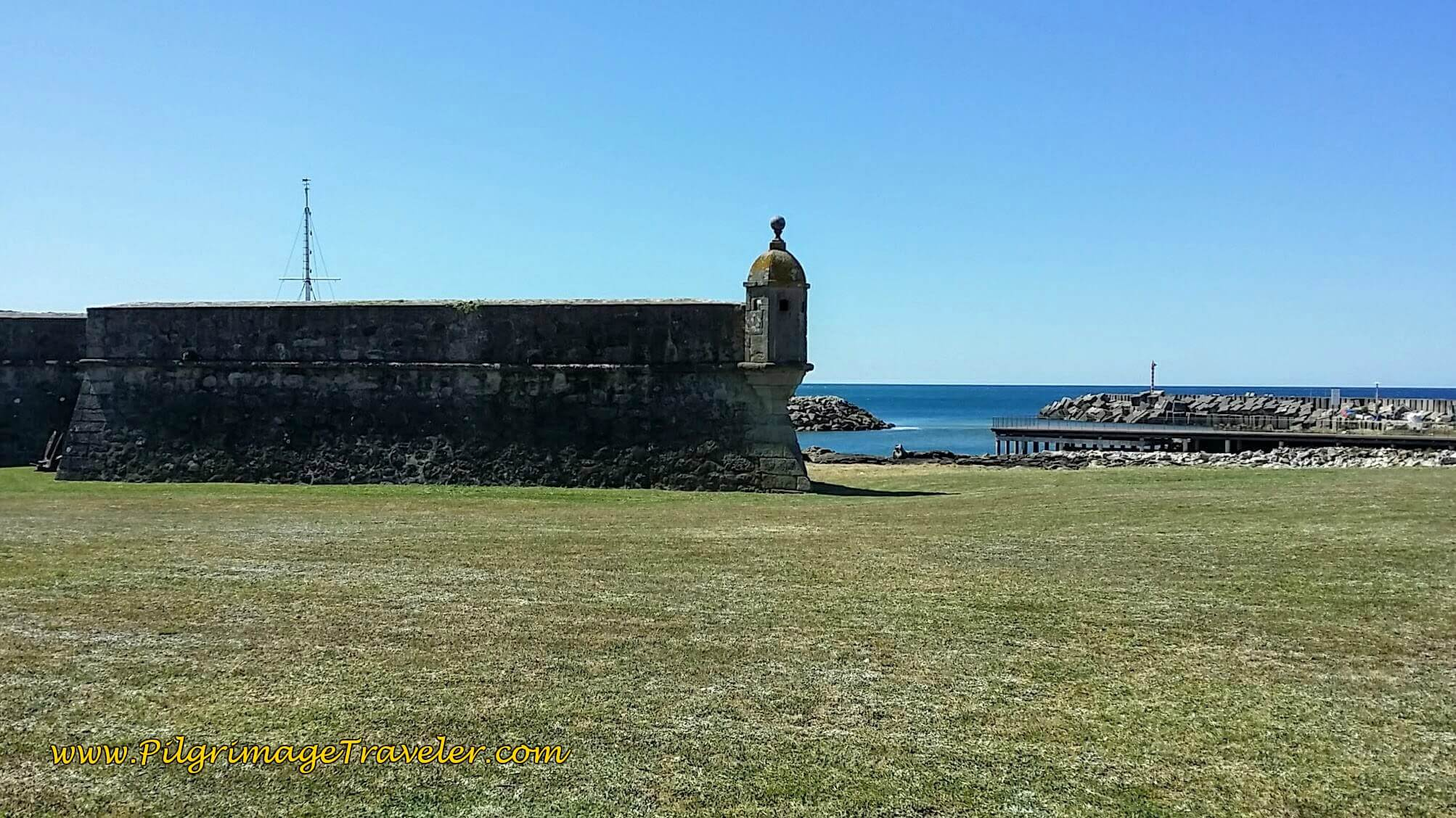 Forte da Lagarteira, Âncora on day eighteen of the Portuguese Way on the Senda Litoral