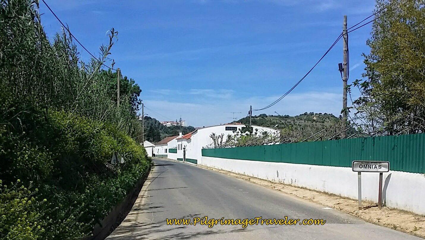 Entering Ómnias on the Caminho de Fátima on day three of the Camino Portugués