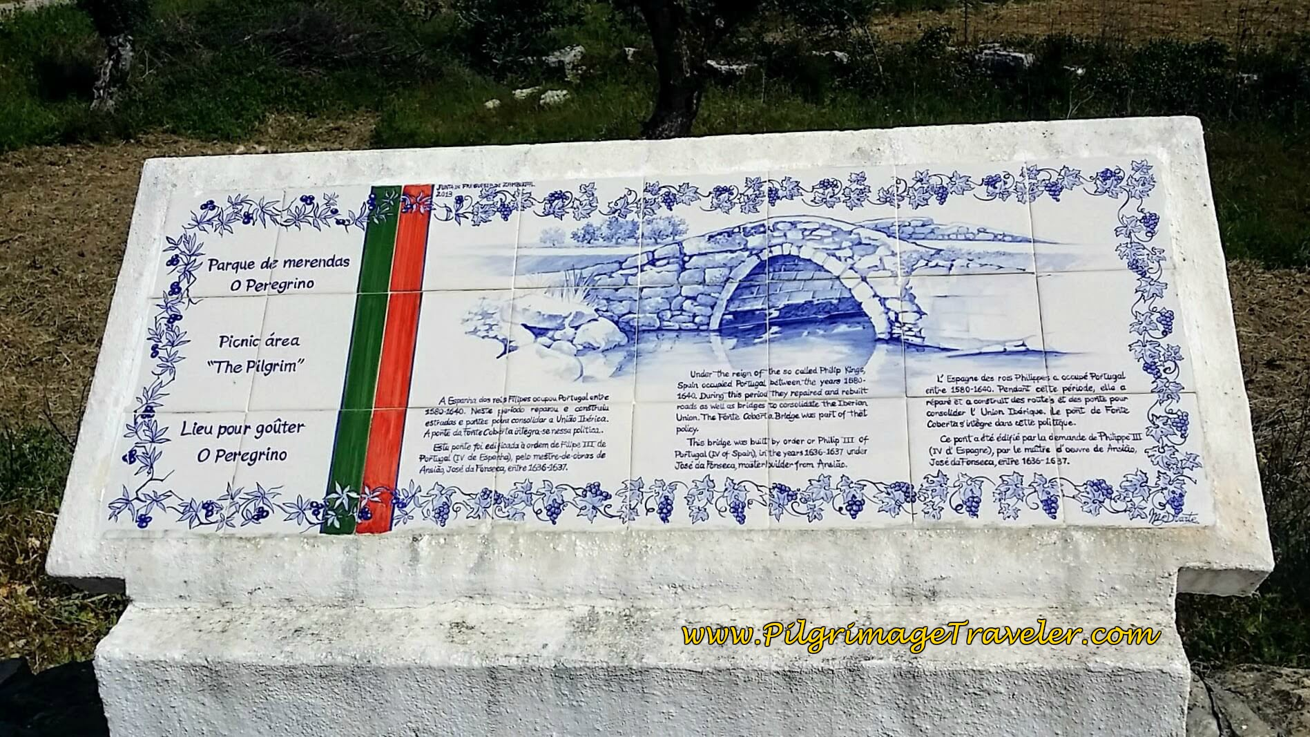 Information Board for Ponte Filipina, built at turn of 16th Century