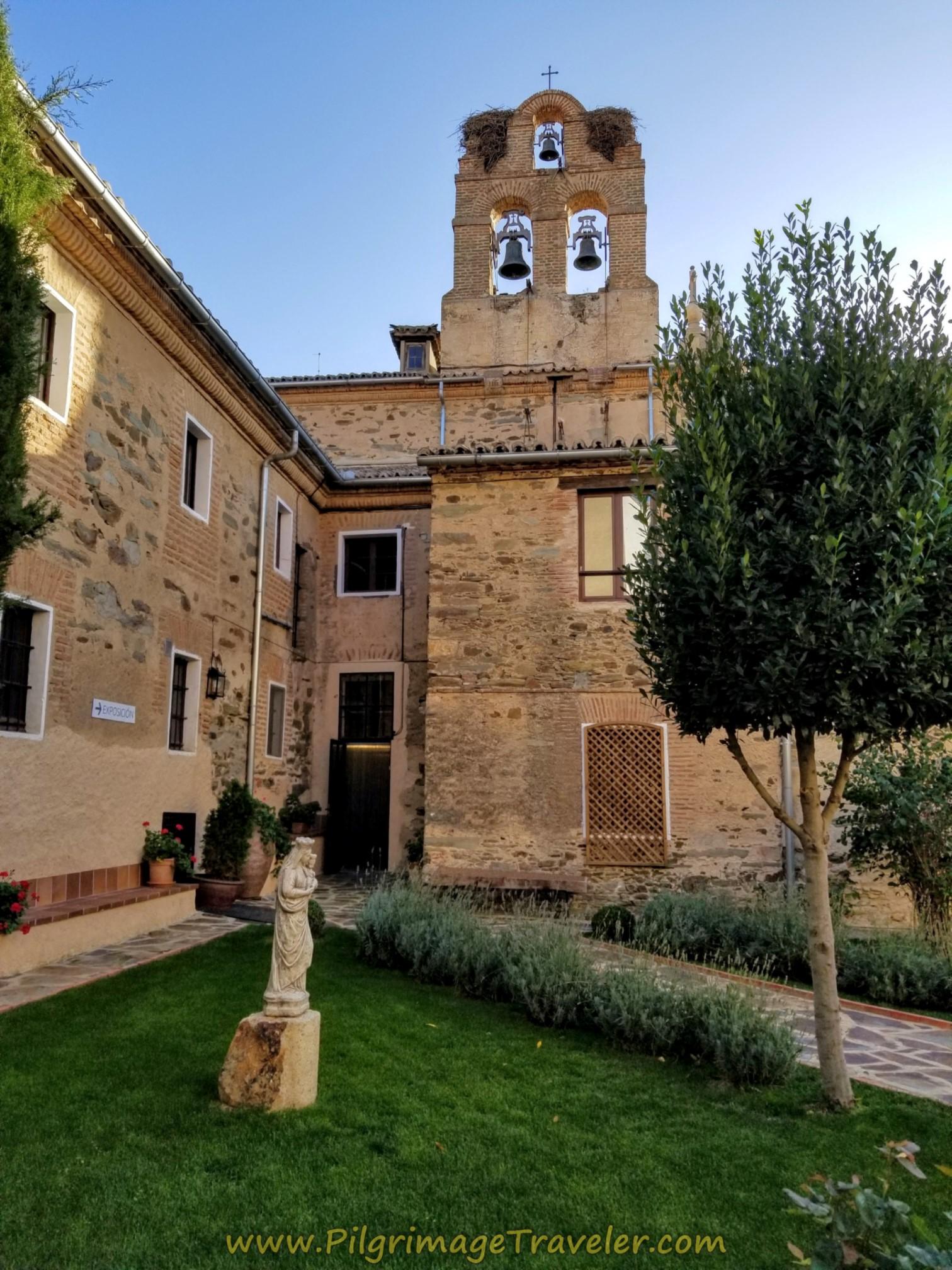 Convento Carmelitas Gardens, Centro Teresiano Sanjuanista, Alba de Tormes