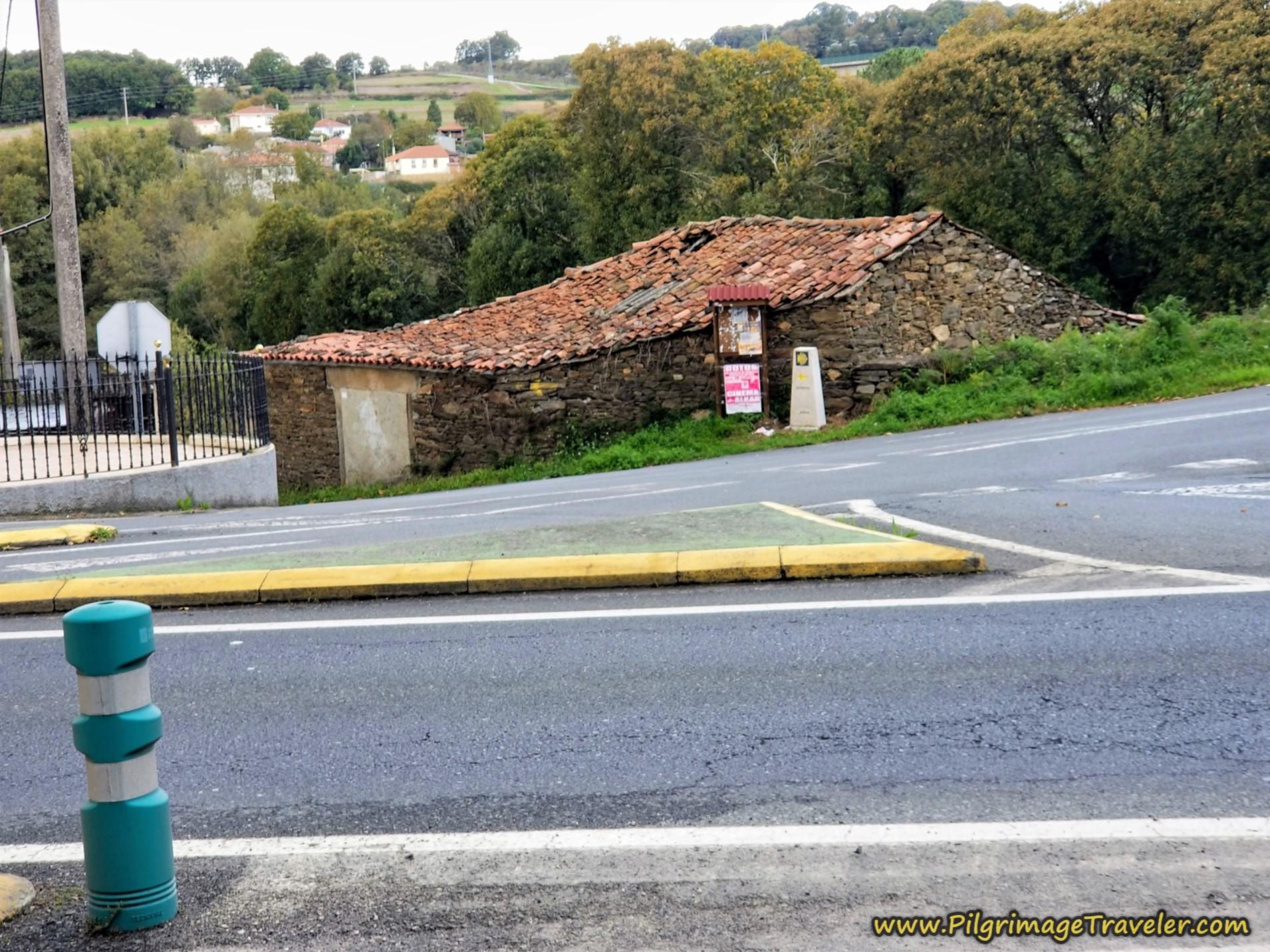 The Turn North from the PO-534 to Start Day Fifteen, Camino Sanabrés, Estación de Lalín to Bandeira