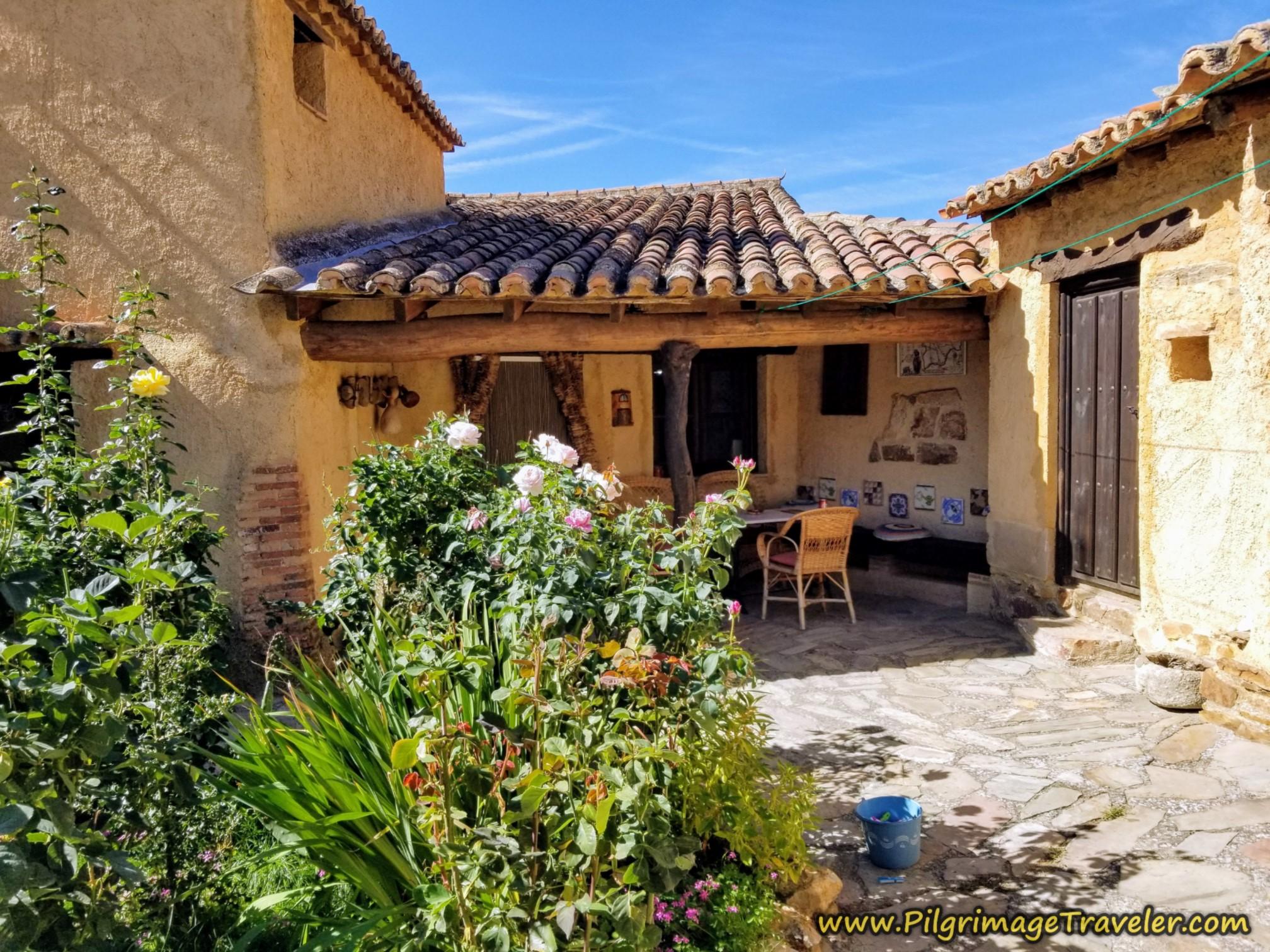 La Casa del Tío Quico Outdoor Dining Area and Courtyard on the Vía de la Plata from Montamarta to Granja de Moreruela