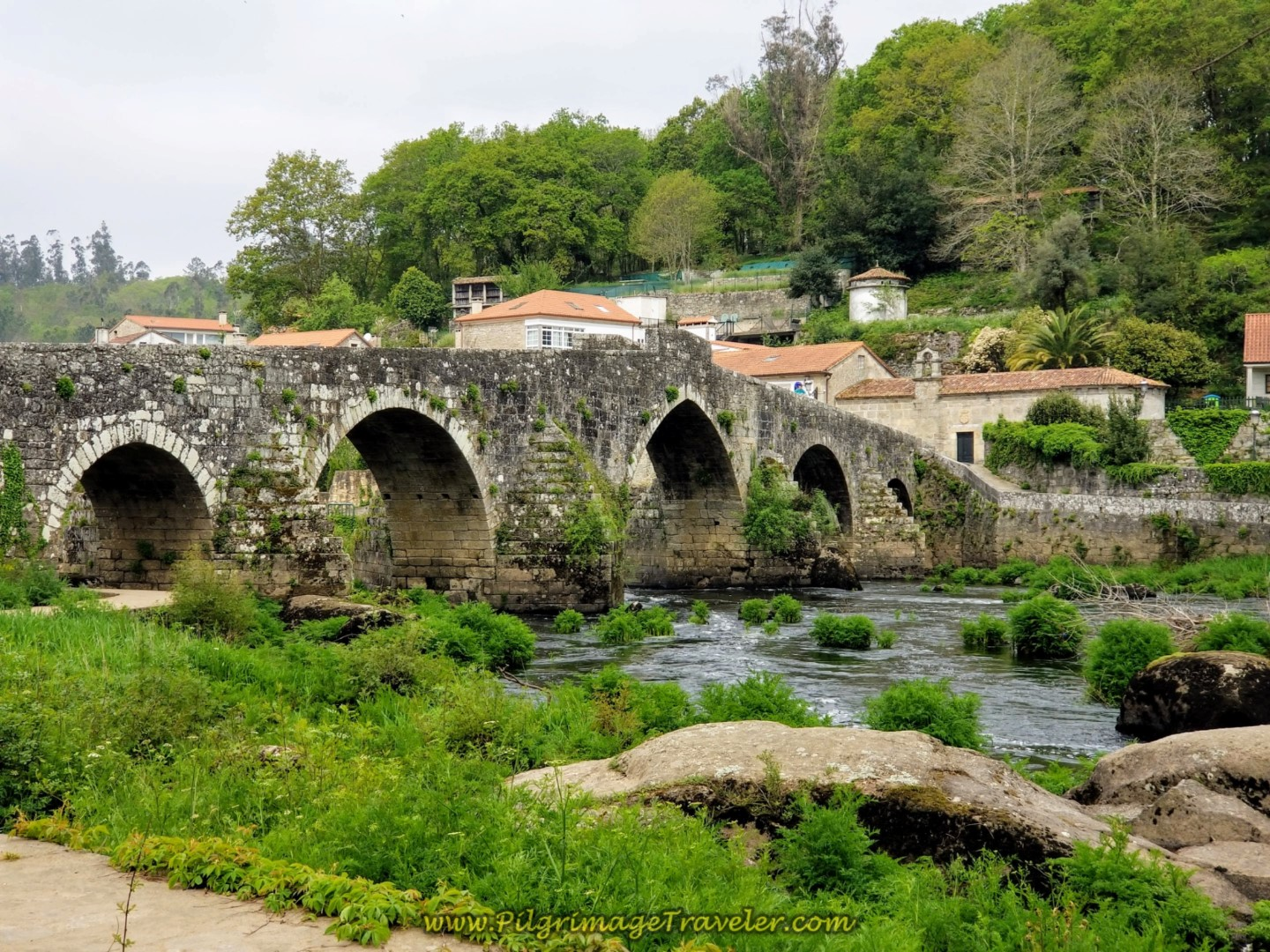 The Medieval Bridge, the Ponte Maceira on day one of the Camino Finisterre