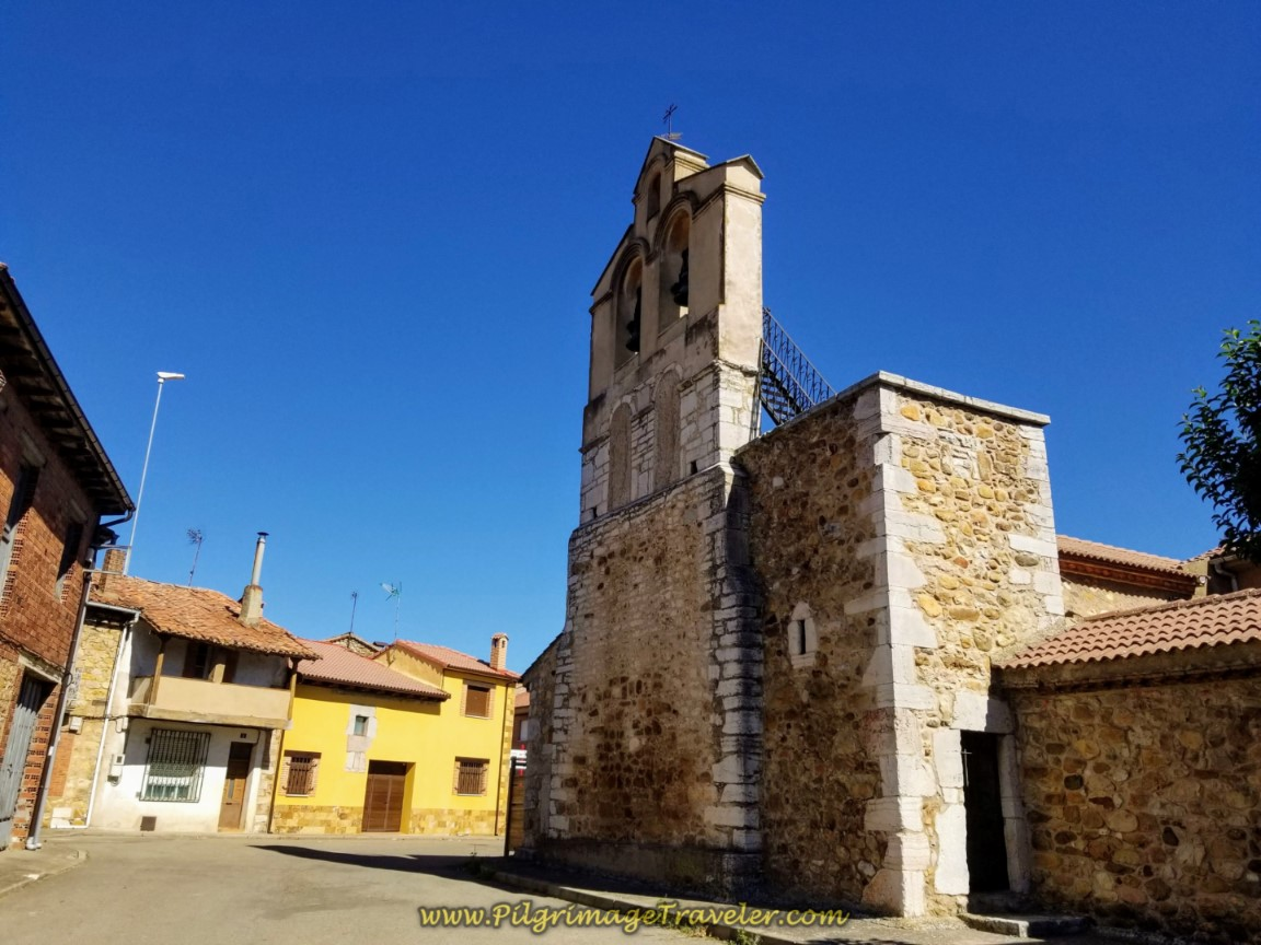 Iglesia de Cascantes de Alba on day one of the Camino de San Salvador