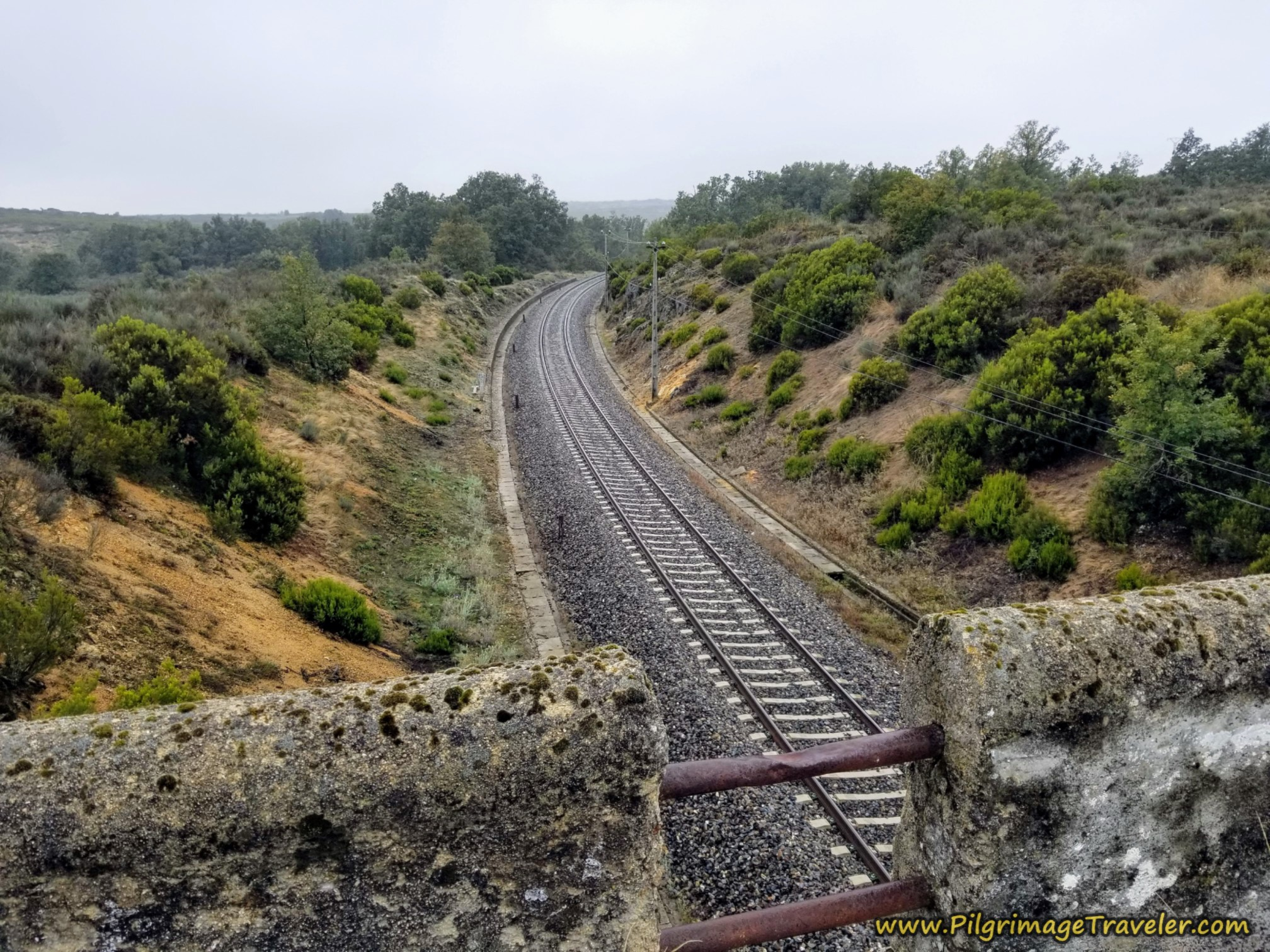 Cross Railroad Tracks on the OU-0953